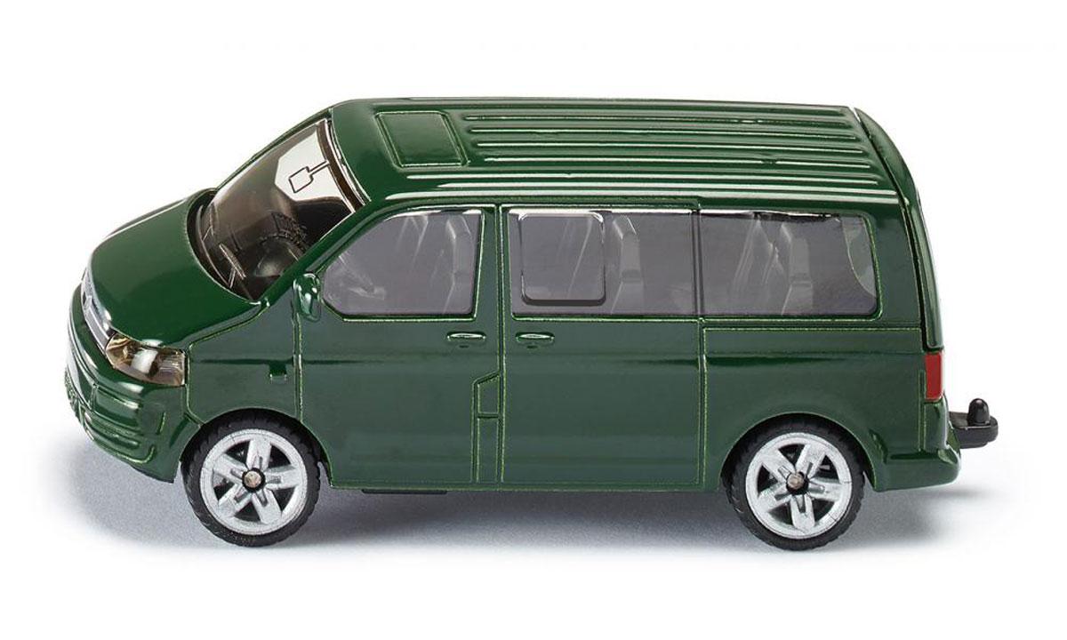 Siku Модель автомобиля Volkswagen Multivan1070Модель автомобиля Siku Volkswagen Multivan будет отличным подарком как ребенку, так и взрослому коллекционеру. Машинка станет подлинным украшением любой коллекции автомобилей. Игрушка будет долго служить своему владельцу благодаря металлическому корпусу с элементами из пластика. Прорезиненные шины обеспечивают отличное сцепление с любой поверхностью пола. Модель автомобиля Siku Volkswagen Multivan обязательно понравится вашему ребенку и станет достойным экспонатом любой коллекции!