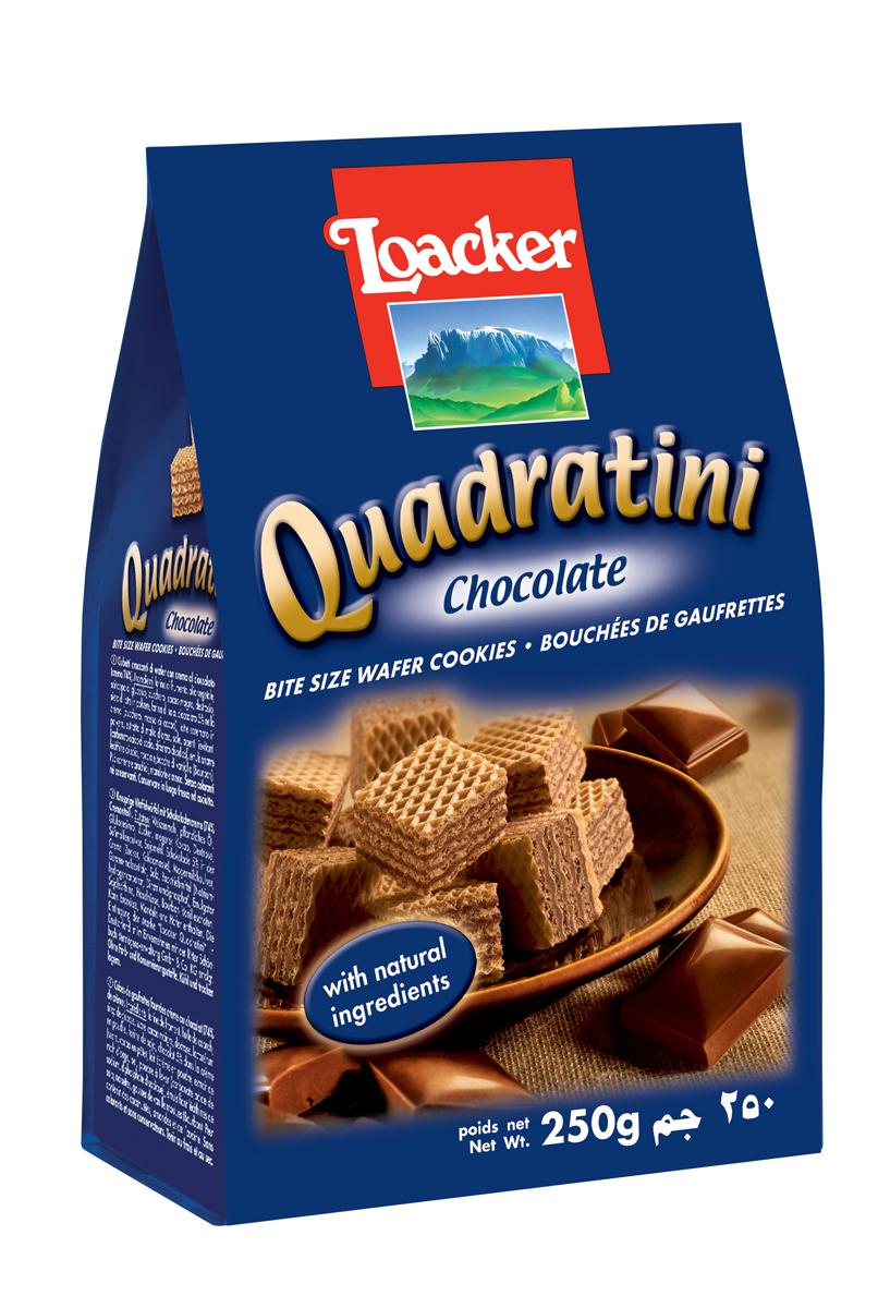 Loacker Квадратини вафли шоколад, 250 г10456-008Нежные и восхитительные вафли Loacker изготовлены по лучшим рецептам только из натуральных ингредиентов. Они тают во рту благодаря воздушной вафельной основе и большому содержанию кремовой начинки (74%). Это вафли в щедрой упаковке по 250 г, в которой, как минимум, 65 порционных вафель-кубиков; или по 220 г (55 восхитительных кубиков). Упаковка снабжена защитной полосой, чтобы ваши вафли всегда оставались свежими и хрустящими.