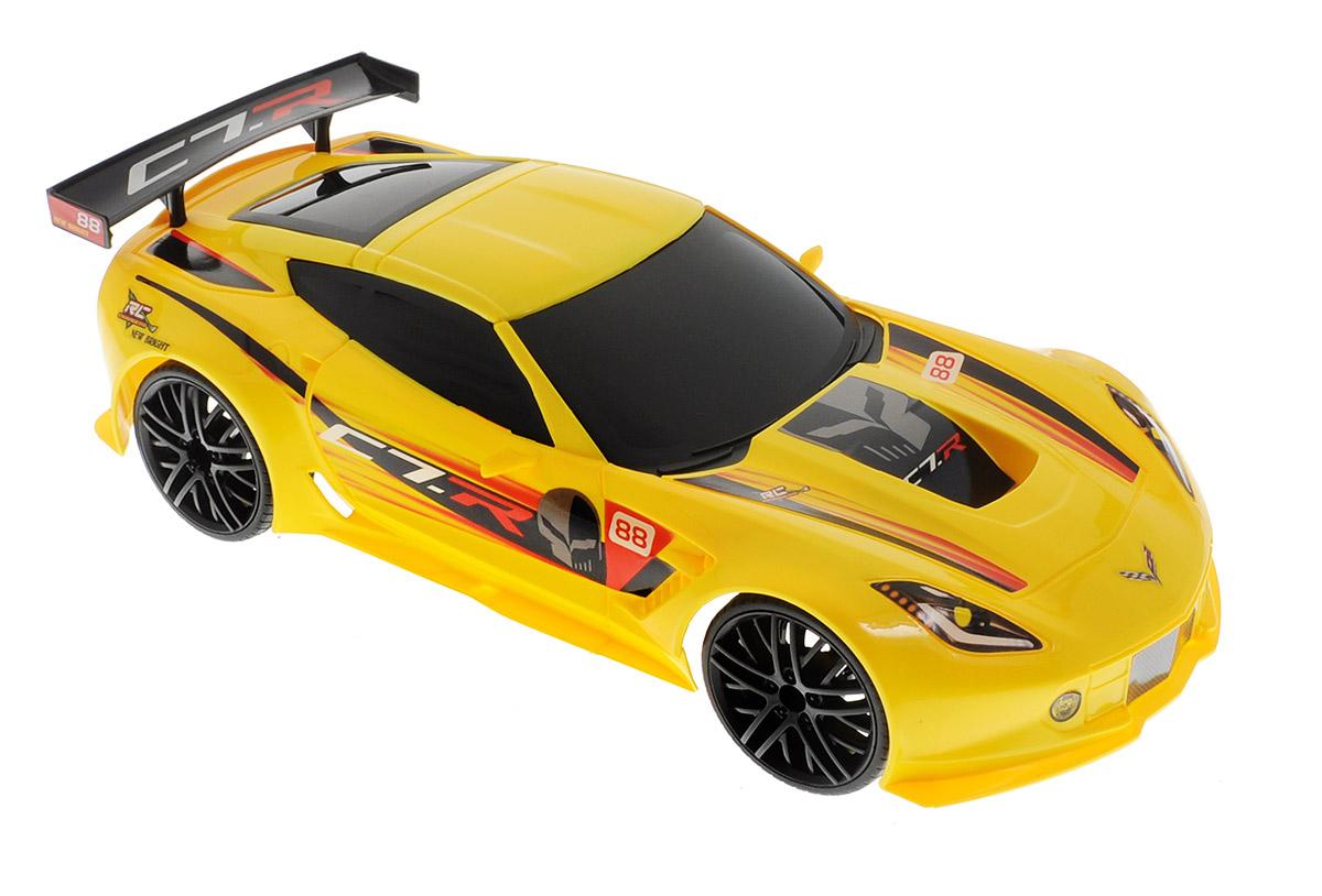 New Bright Радиоуправляемая модель Corvette C7.R61222C7Радиоуправляемая модель New Bright Corvette C7.R станет отличным подарком любому мальчику! Это точная копия настоящего автомобиля в масштабе 1:12. Управление игрушкой происходит при помощи удобного пульта. Пульт управления работает на частоте 2,4 GHz, а радиус его действия составляет 25-30 метров. Возможные движения: вперед-назад, поворот вправо-влево. Радиоуправляемые игрушки способствуют развитию координации движений, моторики и ловкости. Ваш ребенок увлеченно будет играть с моделью, придумывая различные истории и устраивая соревнования. Порадуйте его таким замечательным подарком. Автомобиль работает от встроенного аккумулятора. Зарядка осуществляется при помощи USB-кабеля (входит в комплект). Для работы пульта управления необходимы 2 батарейки типа АА (входят в комплект).