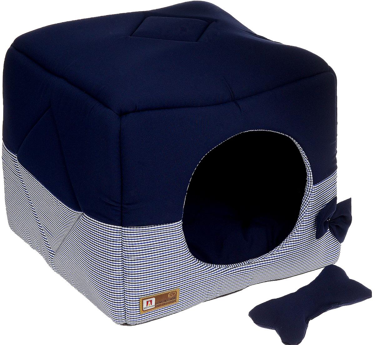 Лежак для собак и кошек Зоогурман Домосед, цвет: синий, 45 х 45 х 45 см2120_синий, мелкая клеткаОригинальный и мягкий лежак для кошек и собак Зоогурман Домосед обязательно понравится вашему питомцу. Лежак выполнен из приятного материала. Уникальная конструкция лежака имеет два варианта использования: - лежанка, с высокими бортиками и мягкой внутренней подушкой, - закрытый домик с мягкой подушкой внутри. Универсальный лежак-трансформер непременно понравится вашему питомцу, подарит ему ощущение уюта и комфорта. В комплекте со съемной подушкой мягкая игрушка «косточка». За изделием легко ухаживать, можно стирать вручную или в стиральной машине при температуре 40°С. Материал: микро волоконная шерстяная ткань. Наполнитель: гипоаллергенное синтетическое волокно. Наполнитель матрасика: шерсть. Размер: 45 см х 45 см х 45 см. Размер лежанки: 45 см х 20 см х 45 см.