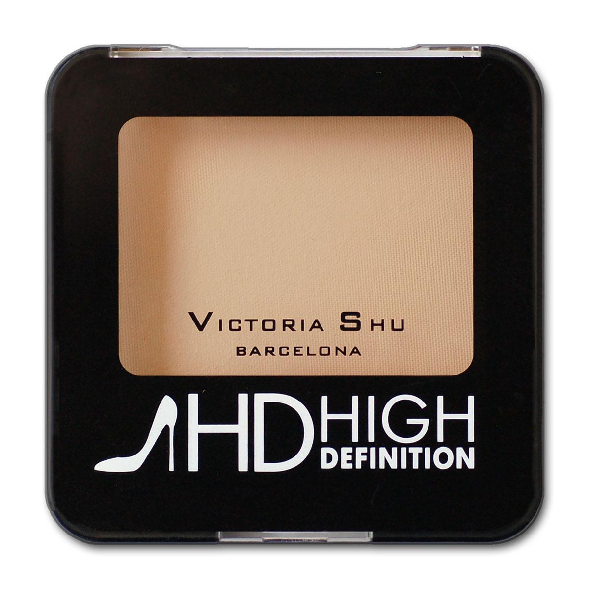 Victoria Shu Пудра компактная High Definition №311979V15569Минеральная формула в составе пудры равномерно распределяется на коже и создает мягкий soft-focus effect, скрывая мелкие морщинки и неровности. Дополнительные компоненты: витамин Е и масло ростков пшеницы обеспечивают коже эффект изнутри: Витамин Е – антиоксидант, препятствует преждевременному старению кожи, улучшая регенерацию клеток кожи. Масло ростков пшеницы - способствуют улучшению клеточного дыхания, восстановлению и питанию кожи. После нанесения пудра сливается с естественным тоном кожи и сохраняет свою мягкость, делает морщинки и недостатки на лице менее заметными.