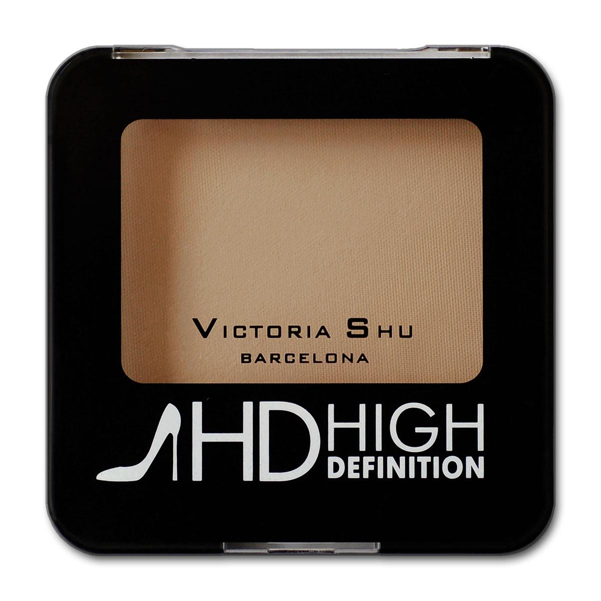 Victoria Shu Пудра компактная High Definition №315983V15573Минеральная формула в составе пудры равномерно распределяется на коже и создает мягкий soft-focus effect, скрывая мелкие морщинки и неровности. Дополнительные компоненты: витамин Е и масло ростков пшеницы обеспечивают коже эффект изнутри: Витамин Е – антиоксидант, препятствует преждевременному старению кожи, улучшая регенерацию клеток кожи. Масло ростков пшеницы - способствуют улучшению клеточного дыхания, восстановлению и питанию кожи. После нанесения пудра сливается с естественным тоном кожи и сохраняет свою мягкость, делает морщинки и недостатки на лице менее заметными.
