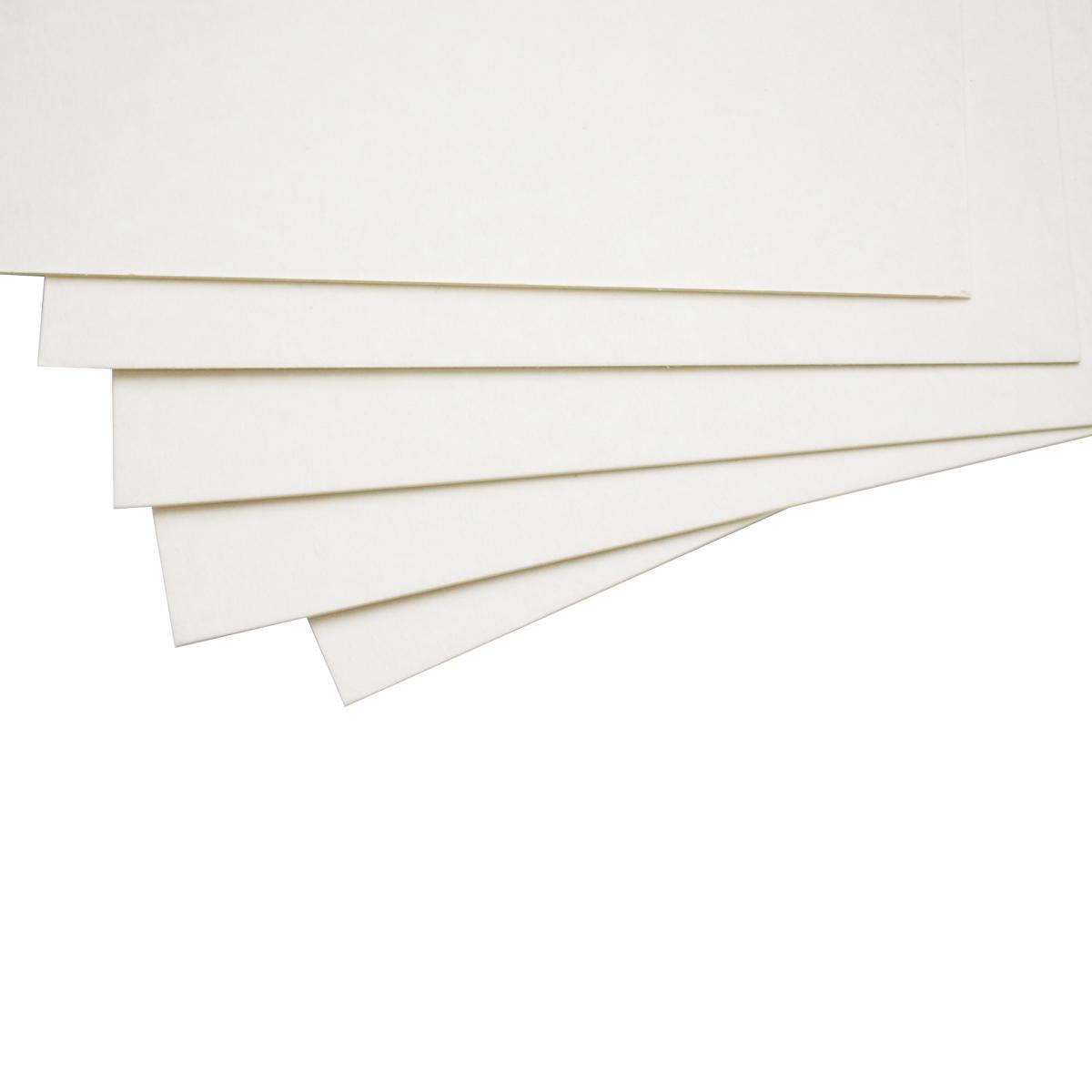 Картон пивной ЧипАрт, толщина 1 мм, 21 х 30 см, 5 листов582751Картон является незаменимой частью многих работ в скрапбукинге. Пивной картон состоит из множества тонких слоев, и легко режется, поэтому прекрасно подойдет для изготовления страниц в альбомах.