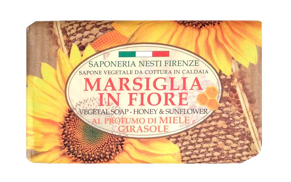 Nesti Dante Мыло Honey & Sunflower Мед и подсолнух 125 г1080127Роскошное натуральное растительное мыло линии Цветущий Марсель от Nesti Dante содержит мед и масло подсолнечника, мягко очищает кожу рук, прекрасно пенится и не сушит кож