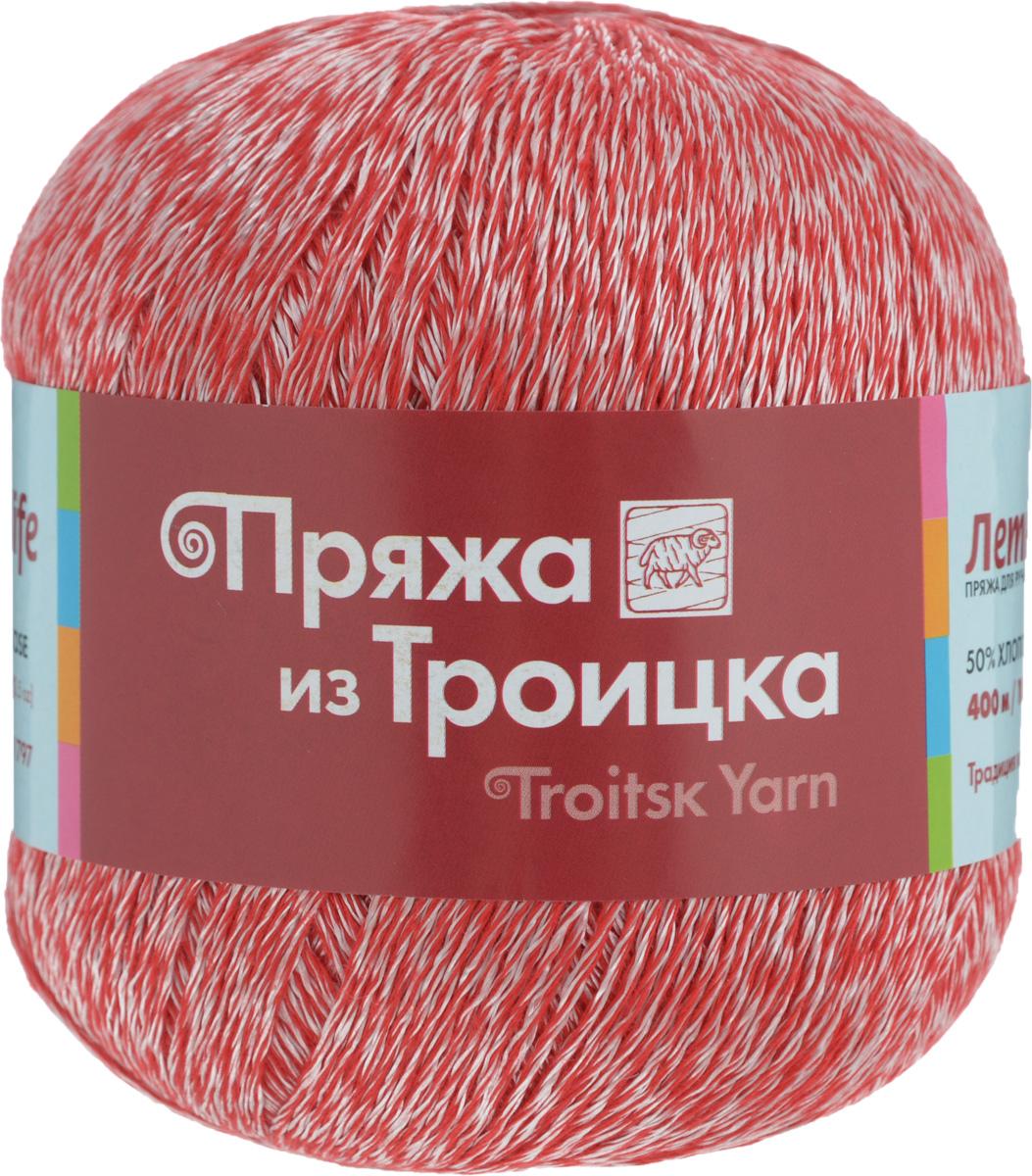 Пряжа для вязания Летняя, цвет: красный, белый (0851), 400 м, 100 г, 10 шт366099_0851Легкая, шелковистая, приятная телу пряжа Летняя выполнена из высококачественного хлопка и вискозы. Она идеально подходит для сетчатых изделий и узоров, связанных крючком. Мастерицы рекомендуют использовать для вязания спицы или крючок с закругленными наконечниками: если нить неосторожно зацепить, то она тотчас пушится. Пряжа Летняя позволяет создавать вещи, которые можно надеть даже в жаркий день: такая одежда выглядит стильно и при этом позволяет чувствовать себя комфортно. Поскольку в состав пряжи входит хлопок, то после стирки изделие не теряет форму, но в горячей воде может немного сесть. Состав: 50% хлопок, 50% вискоза.