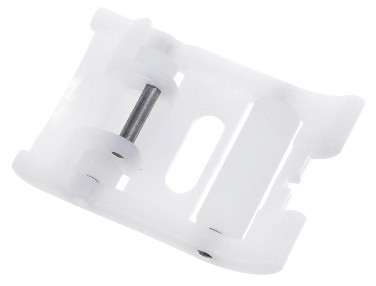 Лапка для швейной машины Aurora, роликовая, тефлоновая, 7 ммAU-135Роликовая лапка для швейной машины Aurora используется в машинах, у которых ширина зиг-зага 7 мм. Применяется для шитья материалов, прилипающих к металлической лапке (кожа, замша, винил, синтетические кожзаменители, плащевые ткани) или плохо продвигающихся под обычной металлической лапкой. Подходит для большинства современных бытовых швейных машин. Инструкция по использованию прилагается.