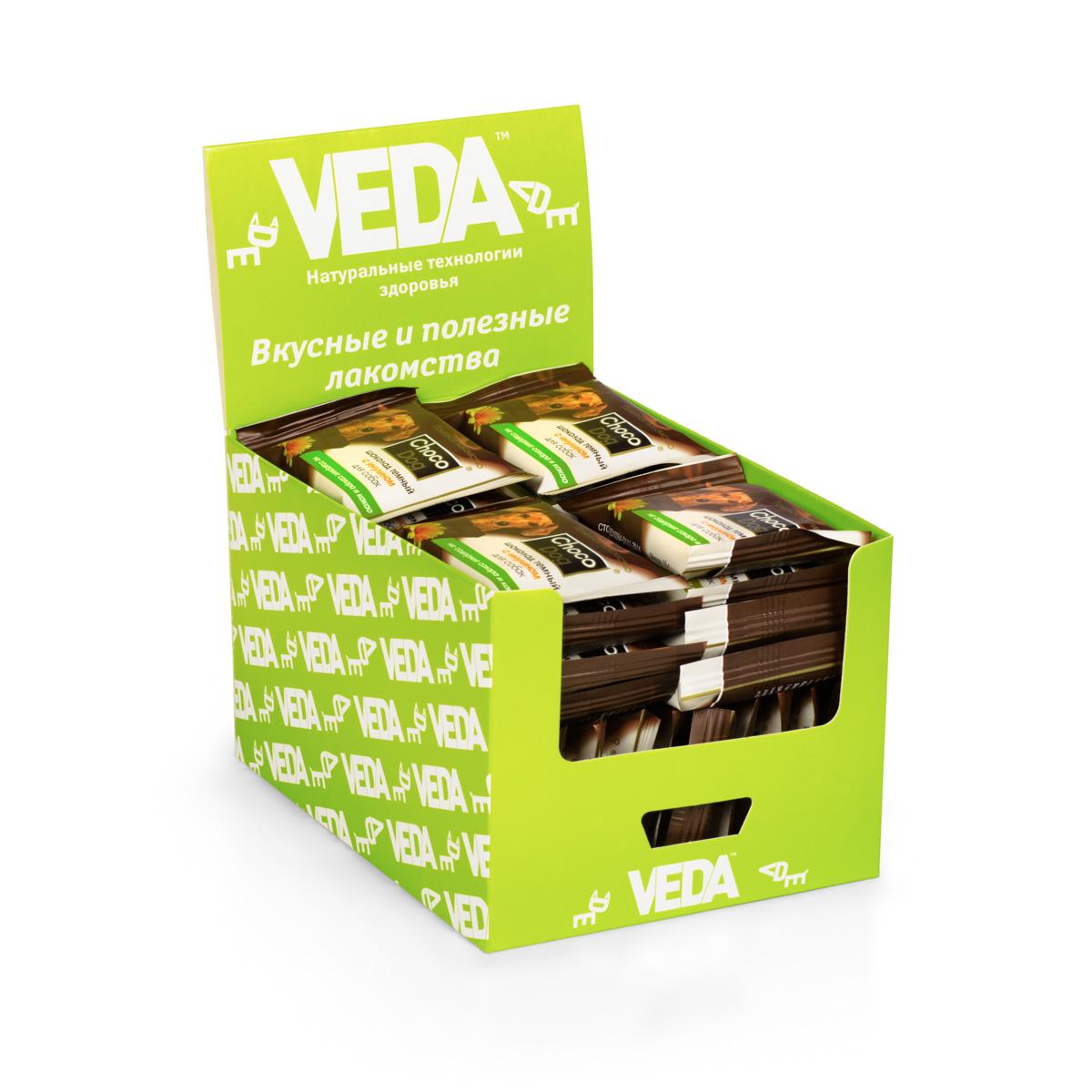 Лакомство VEDA Choco Dog, для собак, в шоу-боксе, темный шоколад с инулином, 40 шт4605543006586В состав лакомства VEDA Choco Dog введены натуральные ингредиенты, которые известны своим полезным действием на организм: - Морковь способствует профилактике сердечных и глазных заболеваний; - Инулин (пребиотик) поддерживает полезную микрофлору кишечника; - Рис благодаря наличию витаминов группы В, витамина Е, ряда микроэлементов полезен для костей, сердца и сосудов. Состав: заменитель масла какао, лактоза, порошок плодов рожкового дерева, сухая молочная сыворотка, инулин, чёрный альбумин, лецитин, стевиозид, пищевой ароматизатор. Количество: 40 шт. Вес (1 шт): 15 г. Товар сертифицирован.
