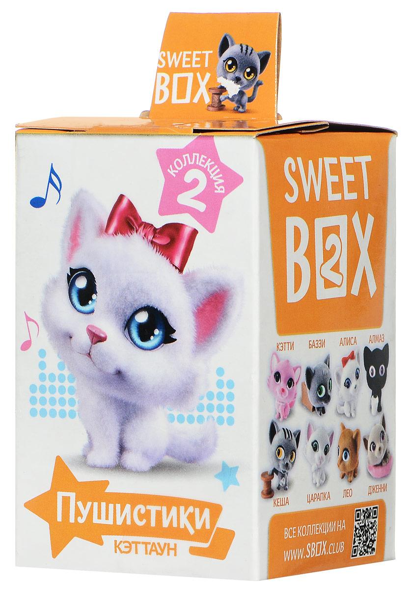 Sweet Box Пушистики Котята жевательный мармелад с игрушкой, 10 г6942971507031Sweet Box (Сладкая коробочка) - коробочка со сладостями и игрушкой. Свитбоксы популярны среди детей и взрослых, коллекционирующих игрушки. Персонажи коллекций открывают удивительные миры, вовлекают в игру, дарят незабываемые впечатления. Игрушка выполнена из качественного пластика, изображает животное из мультфильма Пушистики. Пока не откроете коробочку - не узнаете, какая игрушка вам попалась! Игрушка предназначена для детей старше трех лет. Уважаемые клиенты! Обращаем ваше внимание, что полный перечень состава продукта представлен на дополнительном изображении.