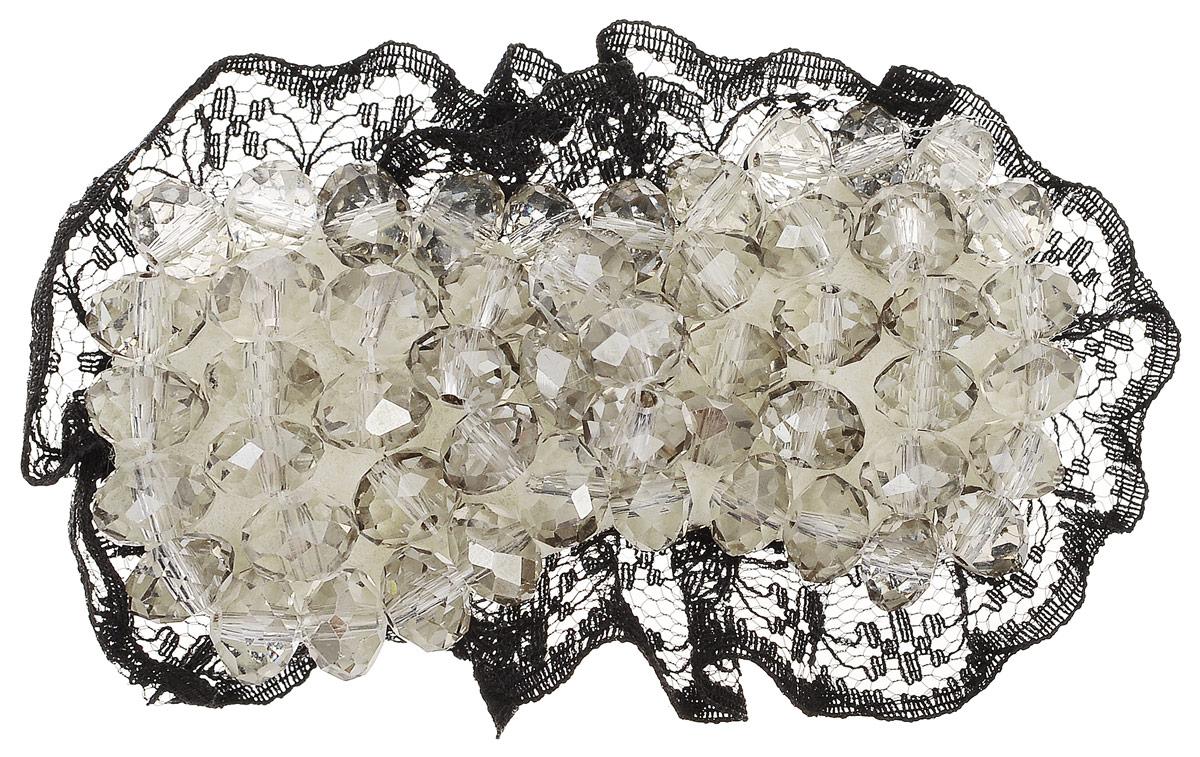 Зажим для волос Fashion House, цвет: черный, бежевый. FH28527FH28527Зажим для волос Fashion House, изготовленный из металла, подчеркнет красоту вашей прически. Декоративная часть выполнена в виде текстильной накладки в форме бантика, украшенной гранеными бусинами и кружевом. Такой зажим великолепно украсит вашу вечернюю прическу, а также привнесет немного элегантности и изящества в ваш повседневный образ.