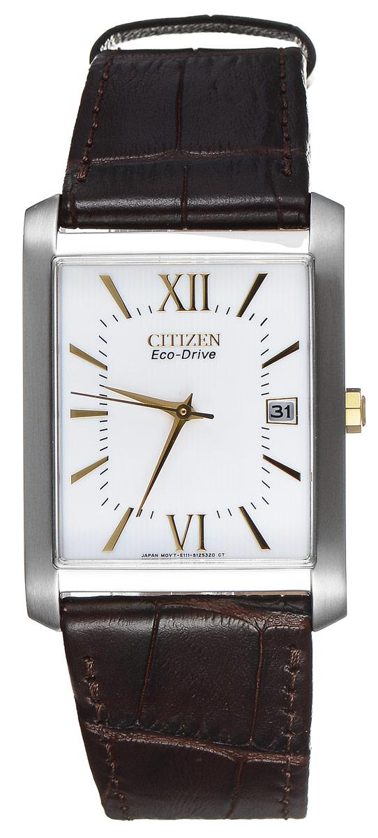 Часы наручные мужские Citizen Eco-Drive, цвет: стальной, коричневый. BM6789-02ABM6789-02AСтильные мужские часы Citizen Eco-Drive выполнены из нержавеющей стали. Циферблат изделия оформлен символикой бренда. Корпус часов оснащен степенью влагозащиты 3 bar, а также устойчивым к царапинам минеральным стеклом. Циферблат дополнен индикатором даты. Элегантный кожаный ремешок, идеально дополняющий прямоугольный корпус изделия, оформлен фактурным тиснением под кожу рептилии и оснащен практичной пряжкой, которая позволит максимально комфортно снимать и надевать часы. Современная технология Eco-Drive позволяет заряжать аккумулятор изделия с помощью любого естественного или искусственного источника света. Изделие поставляется в фирменной упаковке. Часы Citizen Eco-Drive подчеркнут мужской характер и отменное чувство стиля у их обладателя.