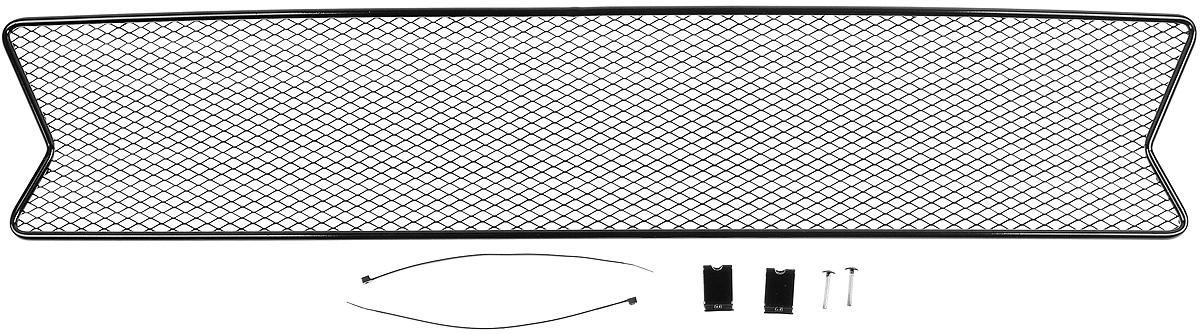 Сетка для защиты радиатора Novline-Autofamily, внешняя, для Renault Logan (2014-)01-430714-15BСетка для защиты радиатора Novline-Autofamily изготовлена из антикоррозионного материала, что гарантирует отсутствие ржавчины в процессе эксплуатации. Изделие устанавливается на штатную решетку переднего бампера автомобиля, защищая таким образом радиатор от попадания камней, крупных насекомых, мелких птиц. Простая установка делает это изделие необыкновенно удобным. В отличие от универсальных сеток, для установки которых требуется снятие бампера, то есть наличие специализированных навыков и дополнительного оборудования (подъемник и так далее), для установки этой сетки понадобится 20 минут времени и отвертка. Данный продукт разработан индивидуально под каждый бампер автомобиля. Внешняя защитная сетка радиатора полностью повторяет геометрию решетки бампера и гармонично вписывается в общий стиль автомобиля.