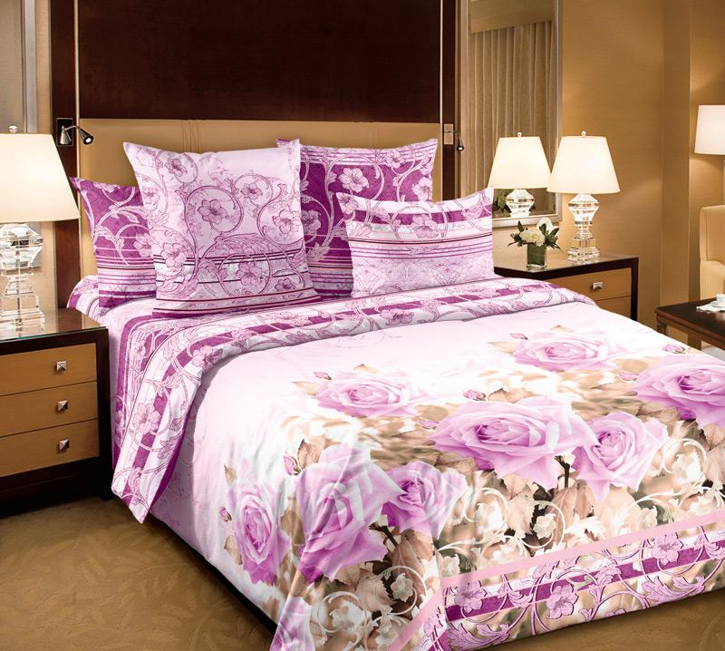 Комплект белья Primavera Леди, 1,5-спальный, наволочки 70x70, цвет: розовый85782Наволочки с декоративным кантом особенно подойдут, если вы предпочитаете класть подушки поверх покрывала. Кайма шириной 5-10см с трех или четырех сторон делает подушки визуально более объемными, смотрятся они очень аккуратно, даже парадно. Еще такие наволочки называют оксфордскими или наволочками «с ушками». Сатин – прочная и плотная ткань с диагональным переплетением нитей. Хлопковый сатин по мягкости и гладкости уступает атласу, зато не будет соскальзывать с кровати. Сатиновое постельное белье легко переносит стирку в горячей воде, не выцветает. Прослужит комплект из обычного сатина меньше, чем из сатина повышенной плотности, но дольше белья из любой другой хлопковой ткани. Сатин приятен на ощупь, под ним комфортно спать летом и зимой. Производство «Примавера» находится в Китае, что позволяет сократить расходы на доставку хлопка. Поэтому цены на это постельное белье более чем скромные и это не сказывается на качестве. Сатин очень гладкий, мягкий, но при этом, невероятно прочный....