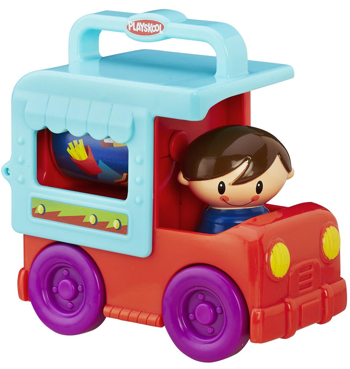 Playskool Развивающая игрушка Грузовичок цвет красный бирюзовый фиолетовыйB4533EU4_B4894Развивающая игрушка Playskool Грузовичок привлечет внимание вашего малыша и не позволит ему скучать! Выполненная из безопасного пластика, игрушка представляет собой грузовичок с водителем. Водитель поворачивается с щелкающими звуками, крыша машинки откидывается назад, открывая находящийся в кузове барабан, украшенный изображением еды. Барабан крутится. Колеса машинки свободно вращаются. Игрушка легко помещается в сумку, у нее нет отдельных деталей, которые могут потеряться. Размер ручки для переноски на крыше машинки идеально подходит для малышей.