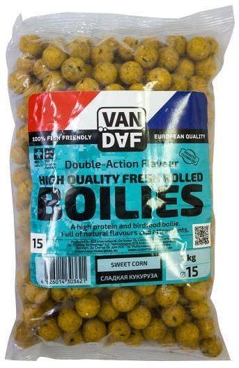Бойлы VAN DAF Сладкая кукуруза, 15мм, желтый, 1 кг. 5728957289Бойлы VAN DAF произведены в Нидерландах в провинции Северный Брабант на современном оборудовании по технологии D.A.F. (Double Action Flavour). Этот способ производства на протяжении многих лет подтверждает высочайшее качество продукции и показывает отличные результаты на рыболовных сессиях. В особенности данной технологии заложена концепция дуализма, суть которой - в уникальной сочетаемости вкуса и аромата в каждом продукте. VAN DAF - двойное воздействие на обонятельно-вкусовые рецепторы каждого карпа. Бойлы VAN DAF - высокопротеиновый продукт, изготовленный из высококачественных ингредиентов с использованием казеината кальция, яичного альбумина, рыбной муки, специй, ореховых и бобовых добавок. Обязательным является применение в рецептах N.H.D.C. подсластителя и масляной кислоты (N-Butyric Acid) - веществами, которые зарекомендовали себя, как наиболее эффективные при ловле карпа. Бойлы VAN DAF показывают высокие результаты на водоемах любого типа и полностью...