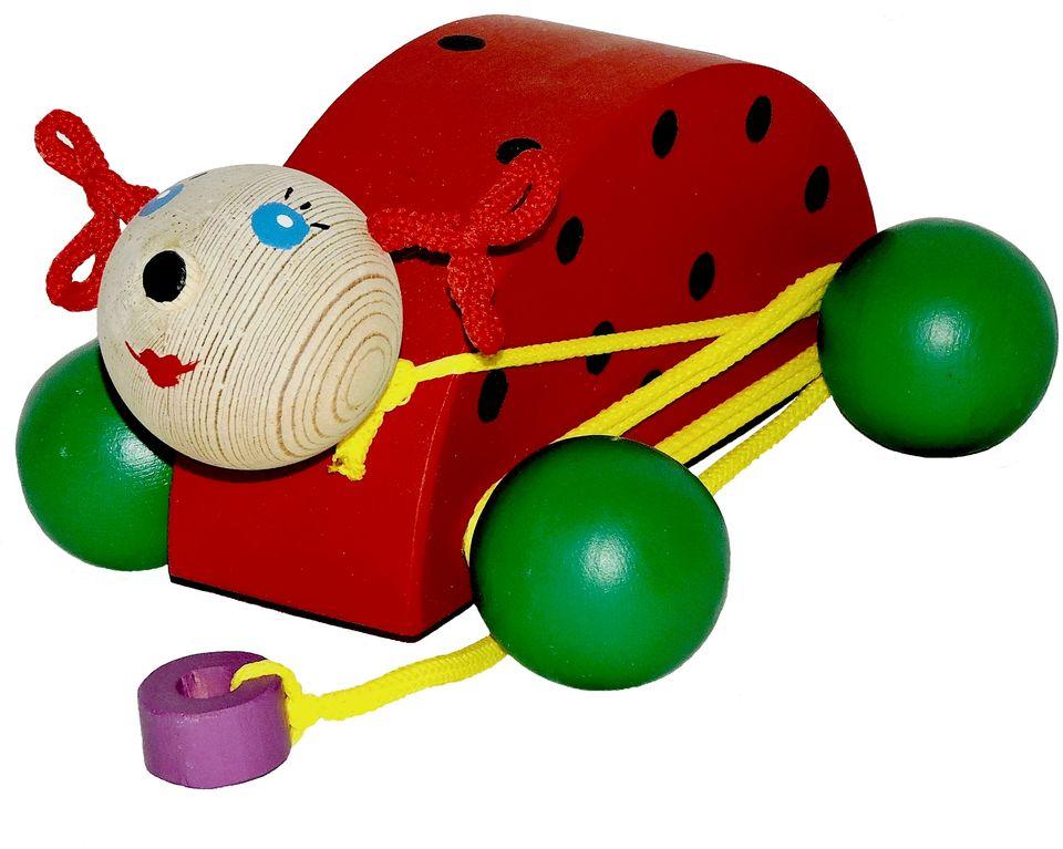 Таис Игрушка-каталка Божья коровкаЦКБ001Набор фигурок «Транспорт» Hape включает в себя двенадцать разных предметов на автомобильную тематику.