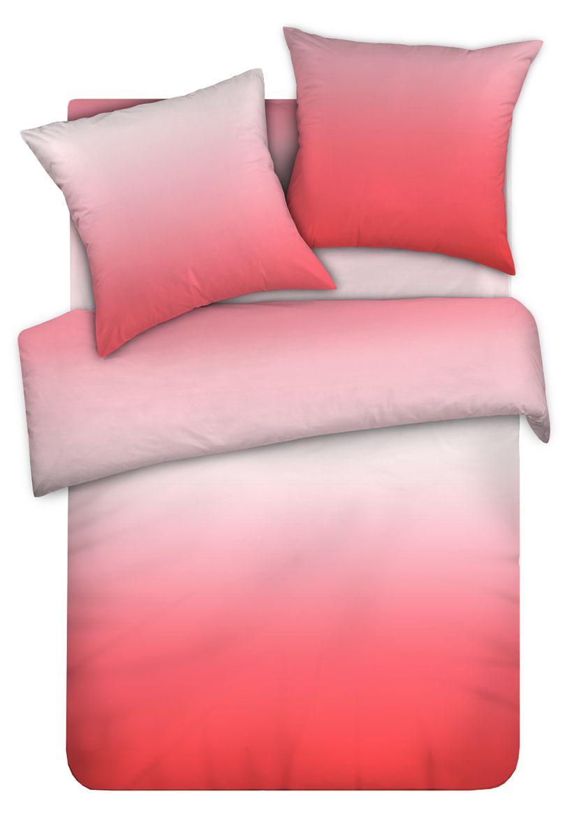 Комплект белья Унисон Ягодный сон, 1,5-спальный, наволочки 50x70338569Сатин – прочная и плотная ткань с диагональным переплетением нитей. Хлопковый сатин по мягкости и гладкости уступает атласу, зато не будет соскальзывать с кровати. Сатиновое постельное белье легко переносит стирку в горячей воде, не выцветает. Прослужит комплект из обычного сатина меньше, чем из сатина повышенной плотности, но дольше белья из любой другой хлопковой ткани. Сатин приятен на ощупь, под ним комфортно спать летом и зимой. Унисон - это несколько серий постельного белья с разными дизайнами: яркий молодежный Унисон teens, Унисон а-ля русс с народными мотивами, утонченная коллекция Акварель и другие.