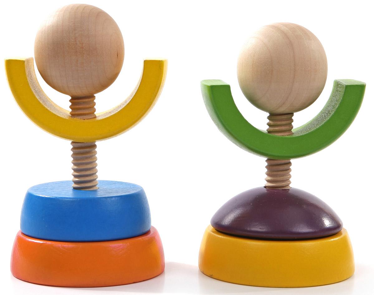 Мир деревянных игрушек Набор для развития комбинаторикиД238Набор для развития комбинаторики от компании Мир деревянных игрушек ставит перед ребенком сложную и творческую задачу: он может создавать разные фигуры-пирамидки, как угодно комбинируя детали. У него может получиться и неваляшка с круглым основанием, и человечек, и цветочек. Игра способствует развитию у ребенка логического, творческого и пространственного мышления, координации движений, внимания, усидчивости, моторики пальчиков, познакомит с цветами и формами.