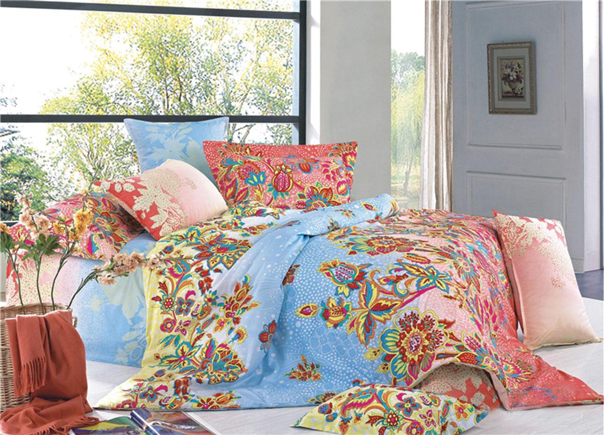 Комплект белья Soavita Classic. Узоры, 2-спальный, наволочки 70x70, цвет: голубой74147Наволочки с декоративным кантом особенно подойдут, если вы предпочитаете класть подушки поверх покрывала. Кайма шириной 5-10см с трех или четырех сторон делает подушки визуально более объемными, смотрятся они очень аккуратно, даже парадно. Еще такие наволочки называют оксфордскими или наволочками «с ушками». Сатин – прочная и плотная ткань с диагональным переплетением нитей. Хлопковый сатин по мягкости и гладкости уступает атласу, зато не будет соскальзывать с кровати. Сатиновое постельное белье легко переносит стирку в горячей воде, не выцветает. Прослужит комплект из обычного сатина меньше, чем из сатина повышенной плотности, но дольше белья из любой другой хлопковой ткани. Сатин приятен на ощупь, под ним комфортно спать летом и зимой. Производство «Примавера» находится в Китае, что позволяет сократить расходы на доставку хлопка. Поэтому цены на это постельное белье более чем скромные и это не сказывается на качестве. Сатин очень гладкий, мягкий, но при этом, невероятно прочный....