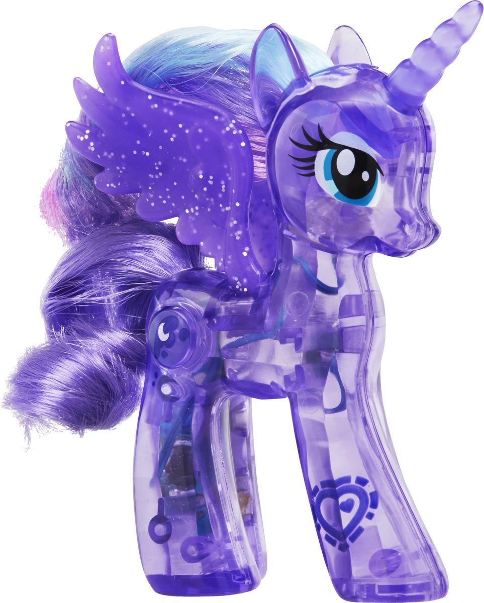 My Little Pony Фигурка Пони сияющие принцессы Принцесса ЛунаB5362EU4_B7291Сияющая принцесса Луна. Принцесса светится, а ее прекрасную гриву можно расчесывать расческой. Отсканируйте специальный код своим мобильным устройством и откройте новые функции в игровом мобильном приложении My Little Pony.
