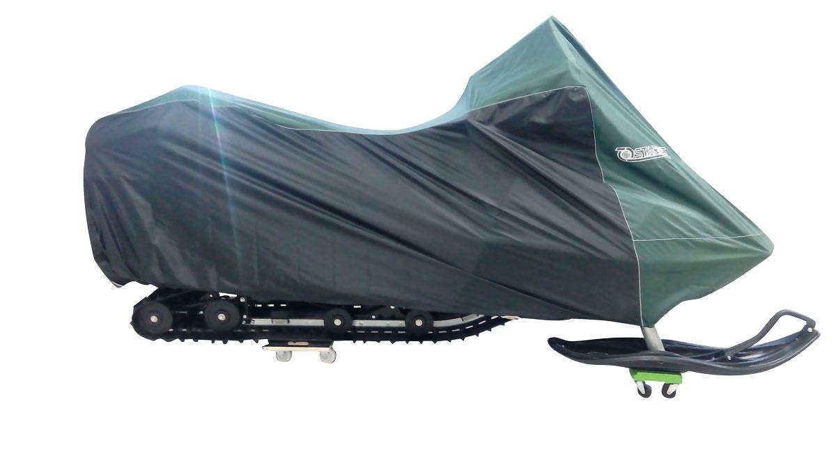 Чехол Starks, для снегохода L (600), цвет: темно-зеленый, черныйЛЦ0029Чехол Starks предназначен для хранения снегохода. Он изготовлен из высокопрочной плотной тентовой ткани с высоким показателем водоупорности. Резинки по краям фиксируют чехол. Чтобы любое транспортное средство служило долгие годы, необходимо не только соблюдать все правила его эксплуатации, но и правильно его хранить. Негативное влияние на состояние мототехники оказывают прямые солнечные лучи, влага, пыль, которые не только могут вызвать коррозию внешних металлических поверхностей, но и вывести из строя внутренние механизмы транспортных средств. Необходимо создать условия для снижения воздействия этих негативных факторов. Именно для этого и предназначены чехлы. Сумка для транспортировки и хранения входит в комплект.