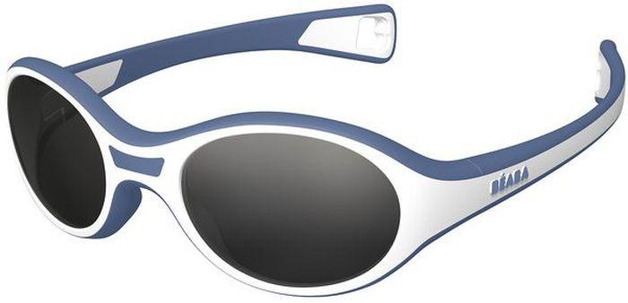 Beaba Солнцезащитные очки детские Sunglasses Kids 360 M категория 3 цвет голубой930262Детские очки Kid M Beaba - идеальная защита от агрессивных УФ лучей. Детские очки Kid M Beaba 3 категории защитят кроху от УФ лучей при любых обстоятельствах: на прогулке, на море, в горах. Детские очки Kid M Beaba. Качество и безопасность с оптимальной защитой от ультрафиолетовых лучей (UVA, UVB) - 3 категория. Эргономичная оправа 360°. Специально разработанная из двух дополняющих друг друга материалов гибкая оправа повторяет морфологию головы малыша, не давит за ушами. Благодаря более нежному внутреннему слою, очки не давят на нос. Благодаря загнутым дужкам очки не слетают при движении малыша. Основа – полипропилен и СЕБС. Небьющиеся стекла. С 12 месяцев, первые шаги. Сделано во Франции Офтальмологи со всего мира все чаще говорят о необходимости защиты детских глаз от агрессивного солнца. Данная тенденция ничуть не является данью моде, а становится острой необходимостью, которую врачи осознали благодаря современным исследованиям.