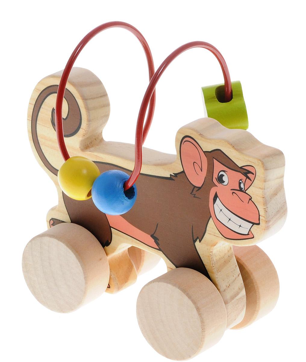 Мир деревянных игрушек Лабиринт-каталка ОбезьянаД357Лабиринт-каталка Мир деревянных игрушек Обезьяна - это замечательная игрушка для малышей! Игрушка в виде обезьянки на колесиках выполнена из качественных материалов по европейским стандартам и покрыта специальной краской на водной основе, которая абсолютно безопасна для вашего малыша. Натуральное дерево, из которого изготовлена игрушка, прошло специальную обработку, в результате чего на модели не осталось острых углов или шероховатых поверхностей, которые могут повредить кожу ребенка. Производитель использует только экологически чистую новозеландскую сосну для производства своих игрушек. К игрушке прикреплена изогнутая проволока, по которой свободно могут двигаться фигурки, различные по цвету и форме. Мелкие детали не снимаются. Благодаря большим деревянным колесам малыш сможет использовать игрушку и как каталку. Лабиринт-каталка развивает моторику рук, логическое мышление, а также знакомит малыша с основными цветами и формами.