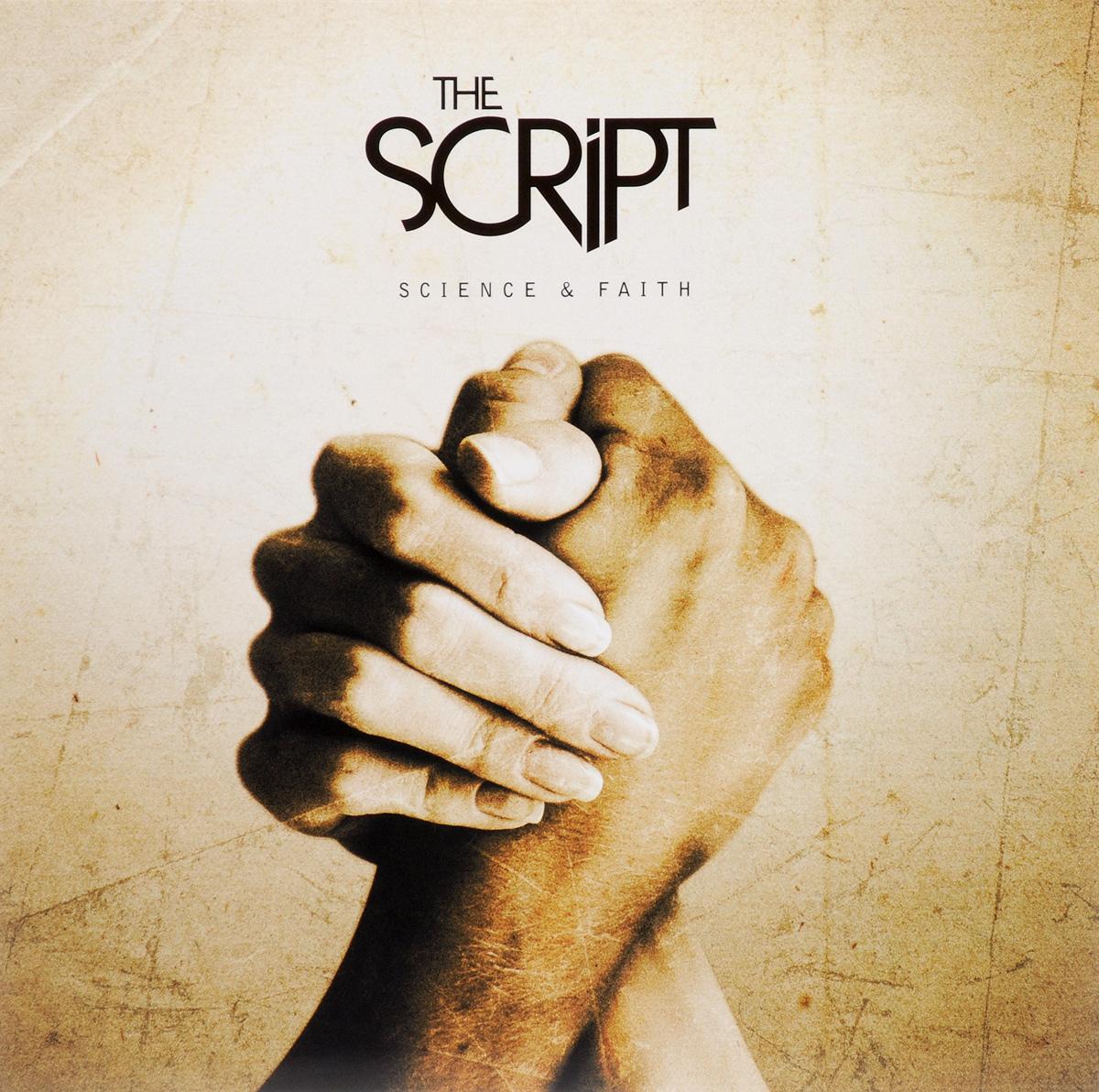 Издание содержит иллюстрированную раскладку с текстами песен и дополнительной информацией на английском языке.