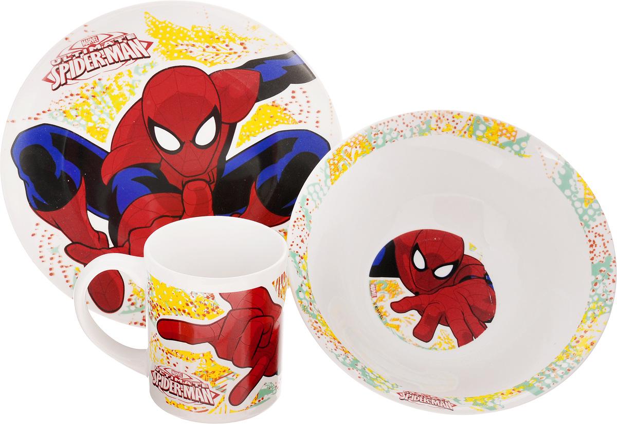 Набор детской посуды Disney Spider-Man, 3 предмета78365Набор детской посуды Disney Spider-Man, выполненный из высококачественной керамики, состоит из кружки, тарелки и миски. Предметы набора оформлены изображением героя популярного мультфильма Spider-Man. Такая посуда привлечет внимание вашего малыша. Привычная еда станет более вкусной и приятной, если процесс кормления сопровождать игрой и сказками о любимых героях. Красочная посуда является залогом хорошего настроения и аппетита ваших детей. Можно мыть в посудомоечной машине и использовать в микроволновой печи. Диаметр тарелки (по верхнему краю): 19 см. Высота тарелки: 2 см. Диаметр миски (по верхнему краю): 17,5 см. Высота миски: 6 см. Объем кружки: 210 мл. Диаметр кружки (по верхнему краю): 7,2 см. Высота кружки: 8,5 см.
