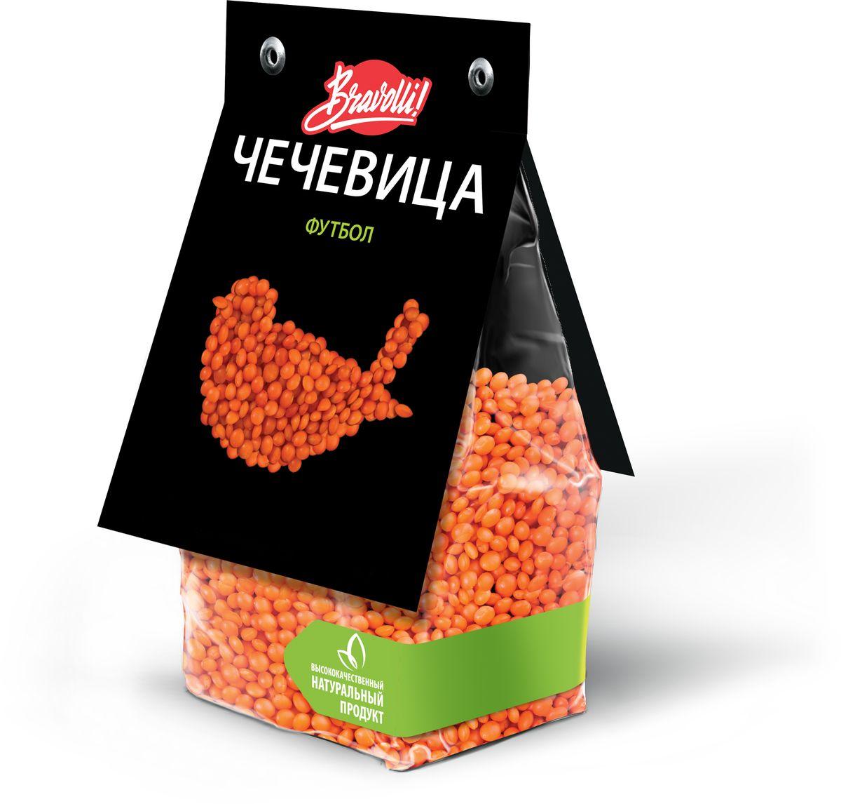 Красная чечевица Футбол похожа на маленький оранжевый мячик. Она довольно универсальна, замечательно подходит к разнообразным ингредиентам: овощи, мясо, рыба — всё, что пожелаешь. Не требует предварительного замачивания, время приготовления — 15 минут.