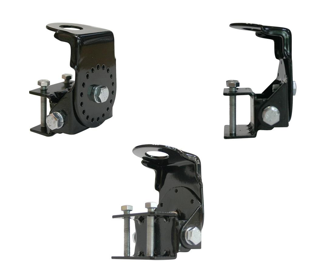 Кронштейн Триада-КН-04 поворотный, на желобок/водосток, для установки врезных антенн05925Неудобство наружных антенн, для радио или для раций, заключается в установке. Для врезных антенн не много автовладельцев предпочитают сверлить крышу своего автомобиля. Также как и магнитные, которые постоянно приходится убирать вовнутрь машины при длительных стоянках. Кронштейны Триада помогут решить эту проблему. При его установке, автовладельцу не придется портить кузов машины, достаточно закрепить антенну для рации или радио прямо на установленный кронштейн на удобном месте. Технические характеристики Кронштейн поворотный на желобок/водосток для установки врезных антенн, в том числе для радиостанций.
