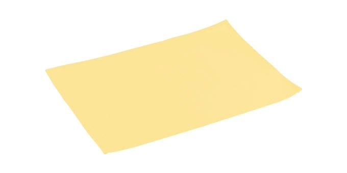 Салфетка сервировочная Tescoma Flair Lite, цвет: ванильный, 45 х 32 см662036Элегантная салфетка Tescoma Flair Lite, изготовленная из прочного искусственного текстиля, предназначена для сервировки стола. Она служит защитой от царапин и различных следов, а также используется в качестве подставки под горячее. После использования изделие достаточно протереть чистой влажной тканью или промыть под струей воды и высушить. Не мыть в посудомоечной машине, не сушить на батарее. Размер салфетки: 45 х 32 см.
