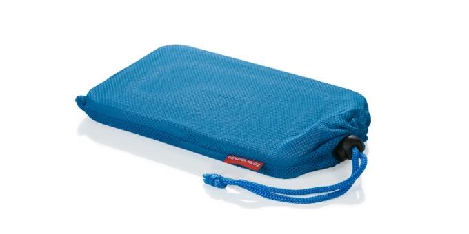 Гелевый охладитель Tescoma Coolbag, с защитным чехлом892380Отлично подходит для усиления охлаждающего эффекта термосумок и сумок-холодильников COOLBAG и аналогичных термосумок. Со специальным защитным чехлом против образования конденсата.