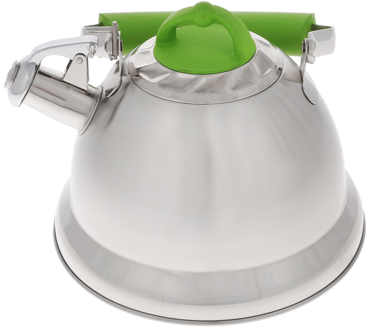 Чайник Mayer & Boch, со свистком, цвет: стальной, светло-зеленый, 3,2 л. 2278122781Чайник Mayer & Boch изготовлен из высококачественной нержавеющей стали, что делает его весьма гигиеничным и устойчивым к износу при длительном использовании. Капсулированное дно обеспечивает равномерный и быстрый нагрев, поэтому вода закипает гораздо быстрее, чем в обычных чайниках. Чайник оснащен откидным свистком, звуковой сигнал которого подскажет, когда закипит вода. Подвижная ручка из стали и бакелита дает дополнительное удобство при разлитии напитка. Чайник Mayer & Boch идеально впишется в интерьер любой кухни и станет замечательным подарком к любому случаю. Подходит для газовых, стеклокерамических, индукционных и электрических плит. Можно мыть в посудомоечной машине. Высота чайника (без учета ручки и крышки): 13,5 см. Высота чайника (с учетом ручки и крышки): 24 см. Диаметр чайника (по верхнему краю): 10,5 см.