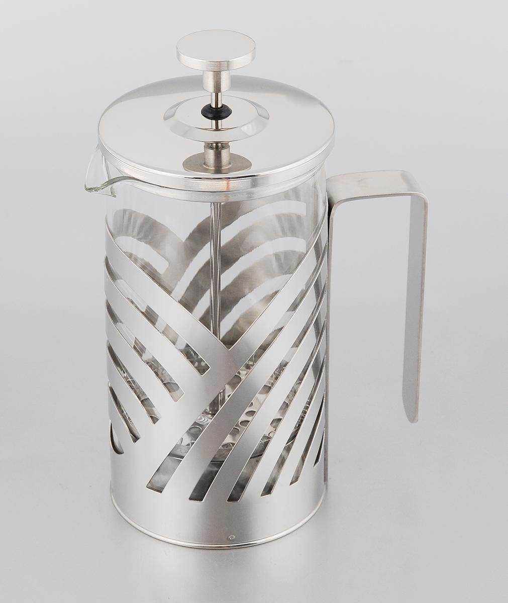 Френч-пресс Mayer & Boch, 600 мл. 2322123221Френч-пресс Mayer & Boch позволит быстро и просто приготовить свежий и ароматный чай или кофе. Корпус изготовлен из высококачественного жаропрочного боросиликатного стекла, устойчивого к окрашиванию, царапинам и термошоку. Фильтр-поршень из нержавеющей стали выполнен по технологии press-up для обеспечения равномерной циркуляции воды. Готовить напитки с помощью френч-пресса очень просто. Насыпьте внутрь заварку и залейте кипятком. Остановить процесс заваривания легко. Для этого нужно просто опустить поршень, и заварка уйдет вниз, оставляя вверху напиток, готовый к употреблению. Заварочный чайник с прессом - это совершенный чайник для ежедневного использования. Практичный и стильный дизайн полностью соответствует последним модным тенденциям в создании предметов кухонной утвари. Диаметр: 9 см. Высота (с учетом крышки): 19,5 см.