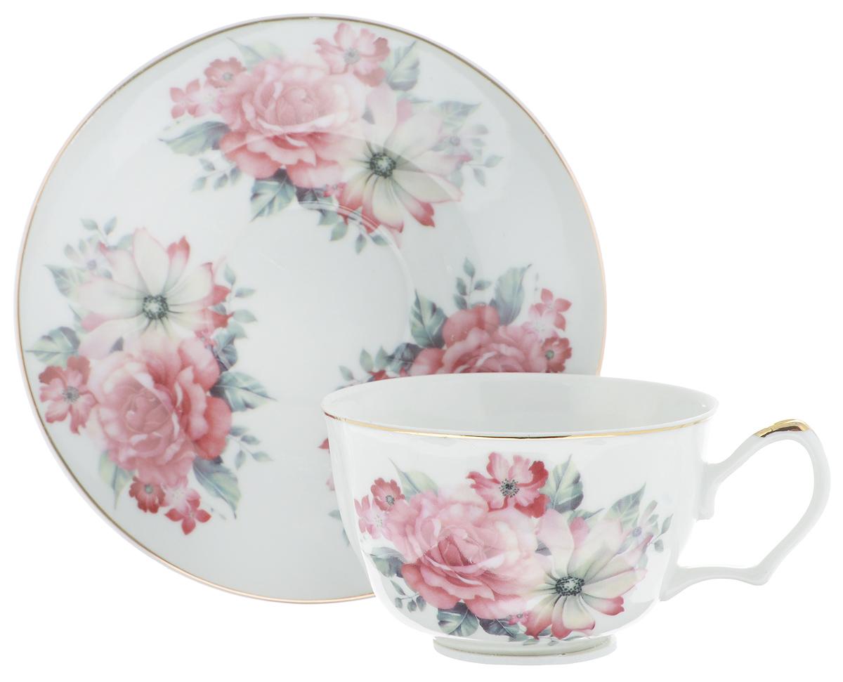 Чайная пара Loraine, 2 предмета. 2459324593Чайная пара Loraine состоит из чашки и блюдца, выполненных из высококачественной керамики. Изделия, украшенные ярким изображением цветов, имеют изысканный внешний вид. Чайная пара Loraine впишется в любой интерьер кухни и станет отличным подарком для ваших родных и близких. Объем чашки: 250 мл. Диаметр чашки (по верхнему краю): 9,8 см. Высота чашки: 6,2 см. Диаметр блюдца: 15,2 см. Высота блюдца: 2 см.