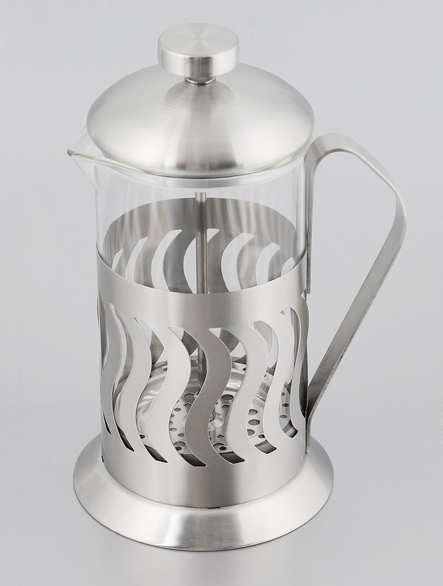 Френч-пресс Mayer & Boch, 600 мл. 81328132Френч-пресс Mayer & Boch позволит быстро и просто приготовить свежий и ароматный чай или кофе. Колба изготовлена из высококачественного жаропрочного боросиликатного стекла, устойчивого к окрашиванию, царапинам и термошоку. Фильтр-поршень из нержавеющей стали выполнен по технологии press-up для обеспечения равномерной циркуляции воды. Подставка из матовой нержавеющей стали декорирована оригинальной перфорацией. Готовить напитки с помощью френч-пресса очень просто. Насыпьте внутрь заварку и залейте кипятком. Остановить процесс заваривания легко. Для этого нужно просто опустить поршень, и заварка уйдет вниз, оставляя вверху напиток, готовый к употреблению. Заварочный чайник с прессом - это совершенный чайник для ежедневного использования. Диаметр колбы: 9 см. Диаметр основания френч-пресса: 11 см. Высота (с учетом крышки): 21 см.