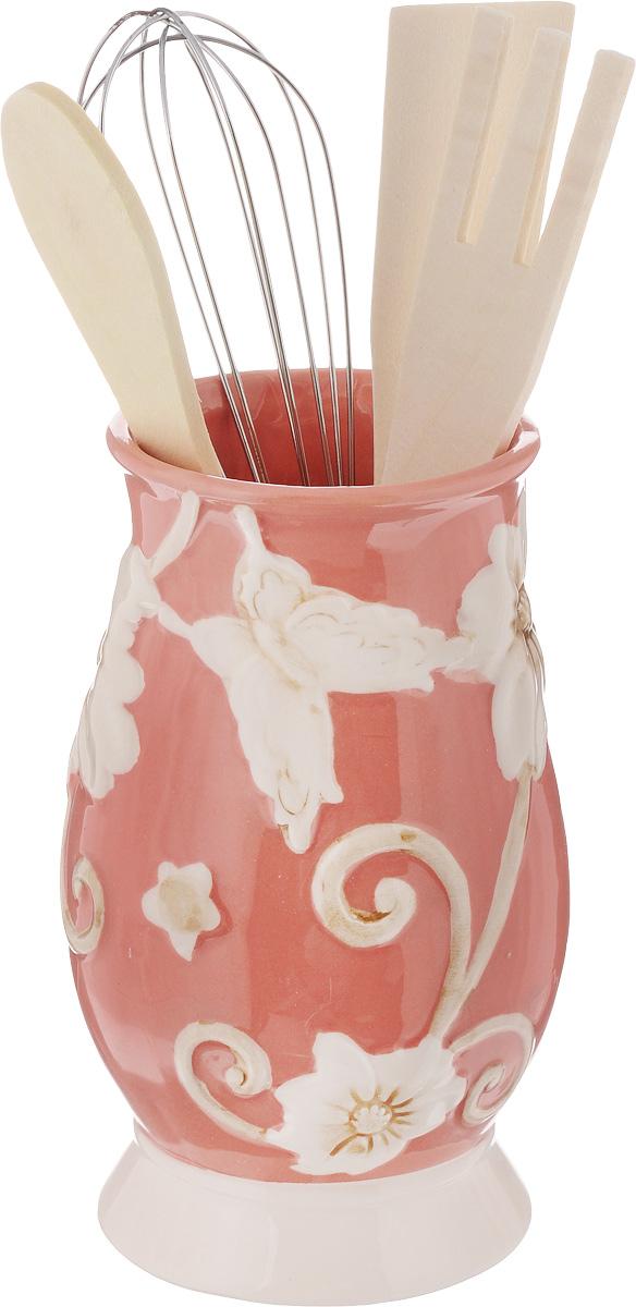 Набор кухонных принадлежностей Mayer & Boch, цвет: розовый, белый, 5 предметов. 2244722447Набор кухонных принадлежностей Mayer & Boch состоит из ложки, лопатки, вилки, венчика и подставки. Ложка, вилка и лопатка выполнены из натурального дерева. Венчик выполнен из металла. Подставка изготовлена из доломитовой керамики в виде вазы, украшенной красочным рельефным изображением. Эксклюзивный дизайн, эстетичность и функциональность набора Mayer & Boch позволят ему занять достойное место среди кухонного инвентаря. Длина ложки: 21 см. Размер рабочей поверхности ложки: 4,5 х 3 х 0,3 см. Длина вилки: 20,5 см. Размер рабочей поверхности вилки: 4 х 3 х 0,3 см. Длина лопатки: 20,5 см. Размер рабочей поверхности лопатки: 6 х 3 х 0,3 см. Длина венчика: 21 см. Диаметр подставки (по верхнему краю): 7 см. Высота подставки: 14,5 см.
