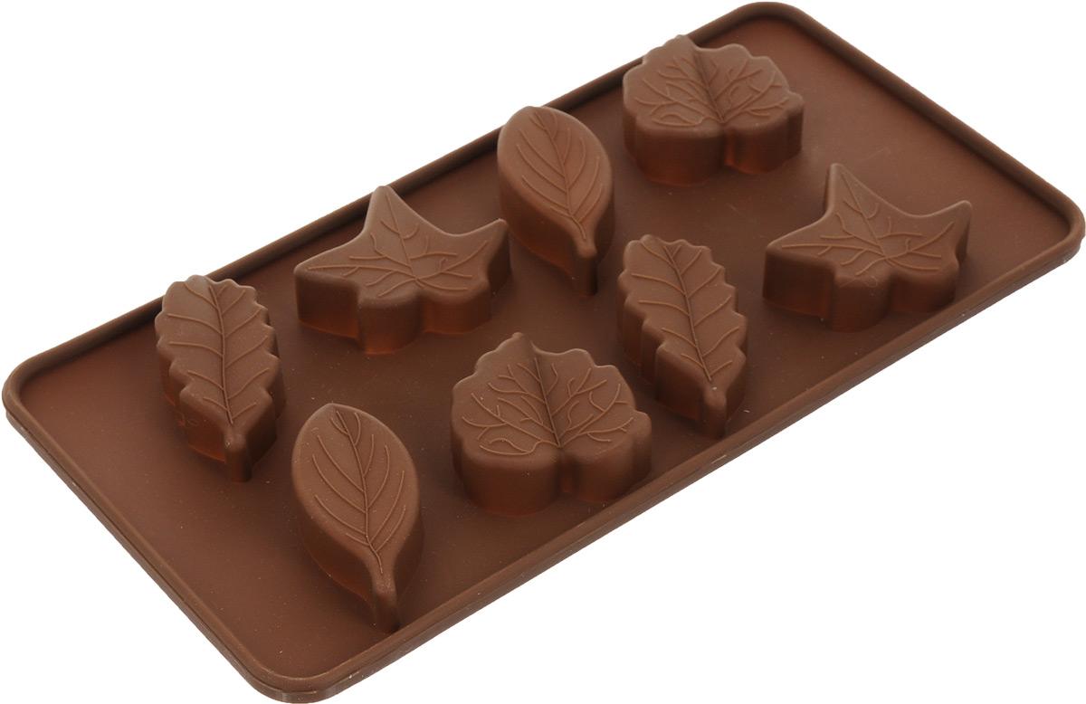 Форма для льда и шоколада Mayer & Boch Unico, 8 ячеек. 2019520195Форма для льда и шоколада Mayer & Boch Unico изготовлена из качественного пищевого силикона, который выдерживает температуру от -40°С до +250°С. Форма предназначена для изготовления фигурного шоколада, также может использоваться для приготовления льда. Форма эластичная, гибкая, поэтому содержимое легко можно извлечь. Для этого надо просто вывернуть форму. Фигурный шоколад по праву может называться шедевром кулинарного искусства. Такое лакомство способно поднять настроение, создать праздничную атмосферу и порадовать абсолютно всех вокруг. Украшения из шоколада несложно сделать своими руками. Нужно всего-то чуточку терпения и фантазии для того, чтобы сотворить сказку своими руками. Форму можно использовать в микроволновой печи, духовке, холодильнике и морозилке. Размер формы: 21,5 х 11 х 1,5 см. Средний размер ячейки: 4 х 3,5 см.