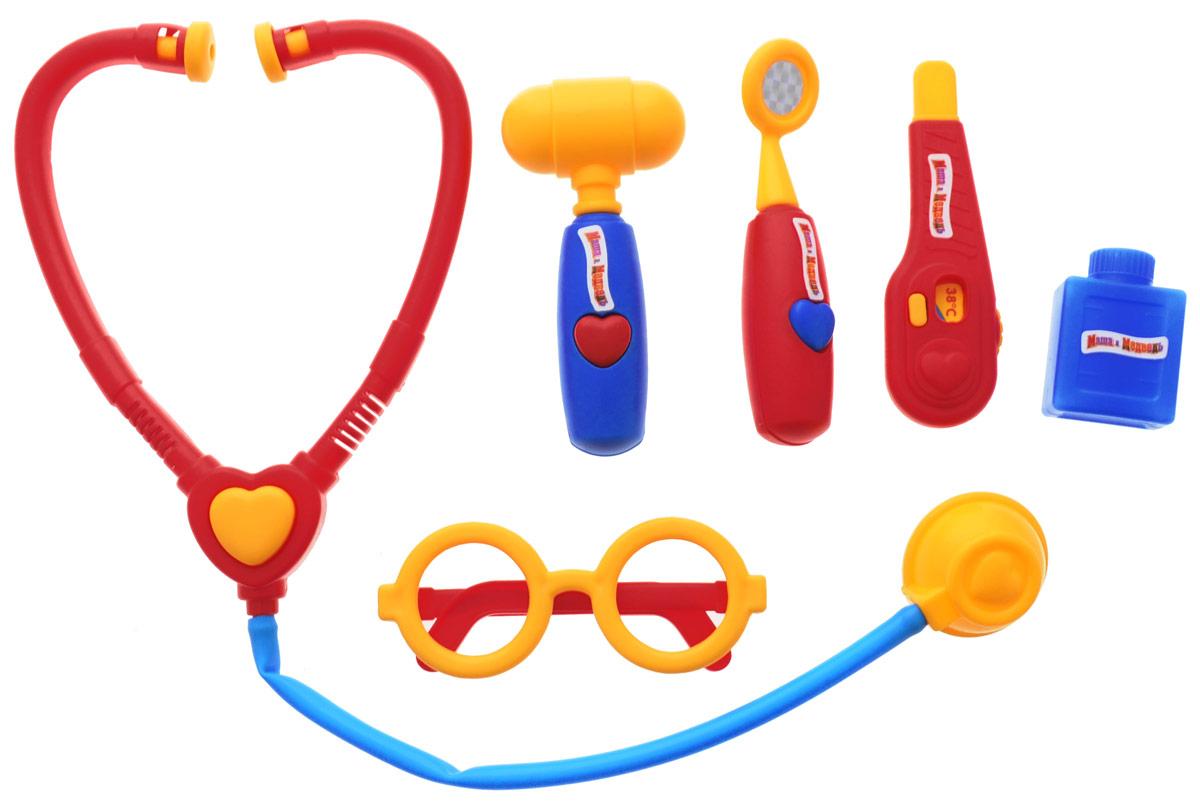 Играем вместе Игрушечный набор доктора Маша и Медведь 6 предметов1094PSTA-R_6Если плюшевые игрушки и куколки заболели и грустят, ваша малышка сможет им помочь, превратившись в заботливого доктора. Надев очки и взяв в руки стетоскоп, девочка будет выглядеть совсем как врач! Заболевшему мишке она измерит температуру, и даст витаминку. Игрушечный набор доктора Играем вместе Маша и Медведь полностью стилизован под известный мультфильм Маша и Медведь. Все элементы набора выполнены из безопасного для ребенка материала. Порадуйте своего ребенка таким замечательным подарком!