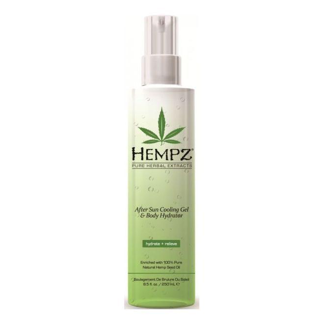 Hempz Спрей охлаждающий после загара After Sun Cooling Spray 250 мл110-2241-03Увлажняющий охлаждающий спрей для тела после загара с Алоэ вера и запатентованной формулой Superfruit Hydro-Sun Complex™. Быстро впитывается, увлажняет, обладает охлаждающим и заживляющим эффектом, освежает, успокаивает, питает и восстанавливает гидро-баланс кожи. Аромат: Персиковый Нектар