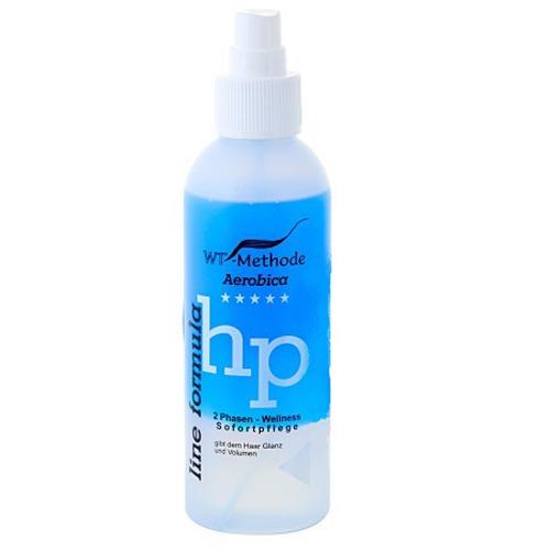 WT-Methode Аэробика средство для волос Aerobica 150 млWTM-PLF-137Aerobica – это уникальный двухфазный уход, разработанный специально для пористых, сухих и перманентно завитых волос. Препарат способен за считанные секунды придать волосам естественный блеск и объём. В первой фазе содержатся вещества, способные мгновенно выровнять структуру и нормализовать баланс влажности повреждённых или пористых участков волос. Вещества второй фазы необходимы для сглаживания поверхности волоса и создания исключительного блеска. Результат – ухоженные, мягкие и блестящие волосы, которые легко расчёсывать. Применение: перед нанесением на волосы флакон необходимо тщательно взболтать.