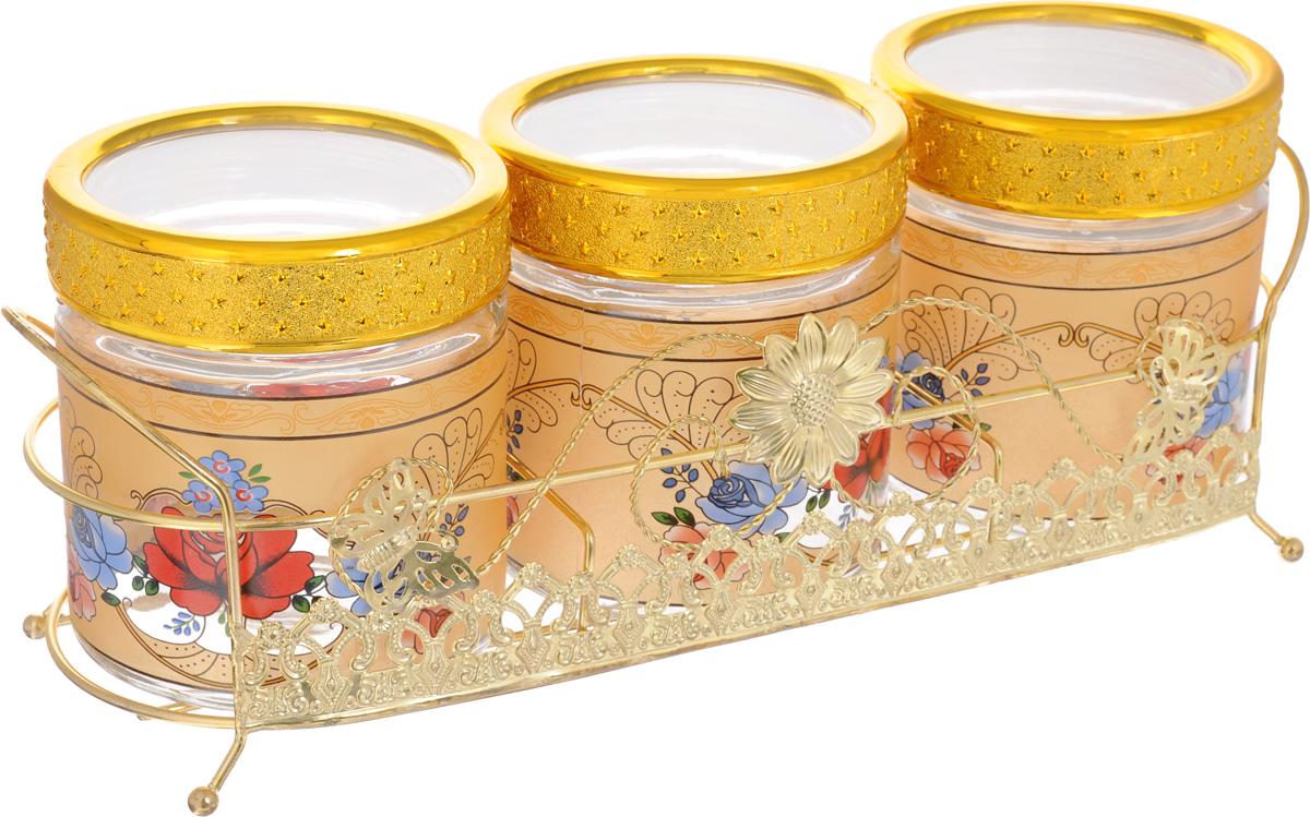 Набор банок для сыпучих продуктов Mayer & Boch, с подставкой, 4 предмета. 2266822668Набор Mayer & Boch состоит из трех банок и металлической подставки. Предметы набора изготовлены из прочного стекла и декорированы оригинальным рисунком. Банки снабжены пластиковыми крышками, которые плотно закрываются, дольше сохраняя аромат и свежесть содержимого. Изделия подходят для хранения сыпучих продуктов: круп, чая, специй, орехов, сахара, сухофруктов, соли и многого другого. Функциональный и вместительный набор Mayer & Boch станет желанным подарком для любой хозяйки. Диаметр банки (по верхнему краю): 10 см. Высота банки (без учета крышки): 12 см. Размер подставки: 37 х 12 х 11,5 см.