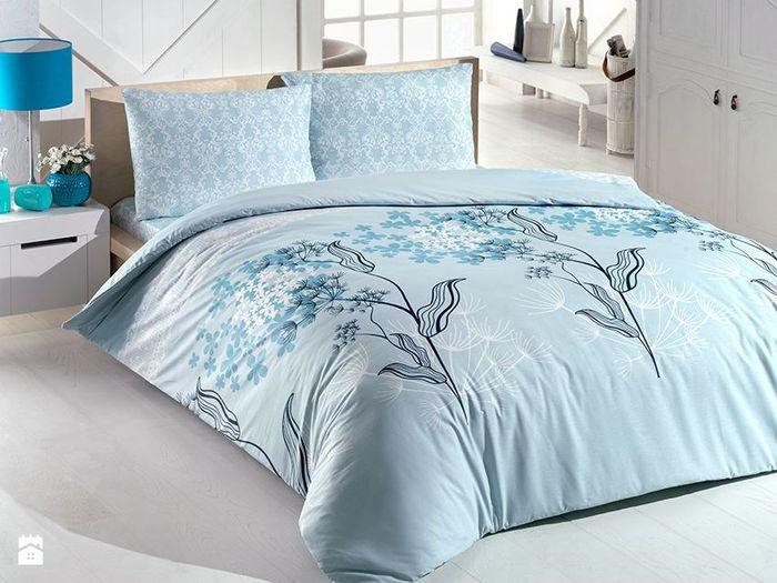 Комплект белья Brielle Ranforce, 2-спальный, наволочки 50х70, цвет: голубой, белый1109-84890Комплект белья Brielle Ranforce состоит из пододеяльника, простыни и двух наволочек. Белье произведено из ранфорса (100% хлопок), который отличается качеством и практичностью. Белье обладает высокой гигроскопичностью и воздухопроницаемостью. Благодаря гипоаллергенным свойствам, такое постельное белье подходит даже маленьким детям. Кроме того, существенным преимуществом данной ткани является ее неспособность к накоплению статического электричества. При производстве были использованы оригинальные краски, не блекнущие с годами, сохраняющие яркость и четкость рисунка. В быту уход за постельным бельем достаточно прост и не требует каких-либо специальных условий.