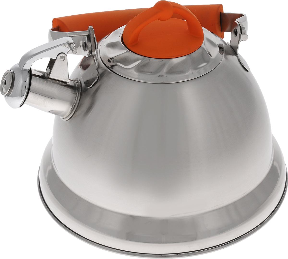 Чайник Mayer & Boch, со свистком, цвет: стальной, оранжевый, 3,2 л. 2278222782Чайник Mayer & Boch изготовлен из высококачественной нержавеющей стали, что делает его весьма гигиеничным и устойчивым к износу при длительном использовании. Капсулированное дно обеспечивает равномерный и быстрый нагрев, поэтому вода закипает гораздо быстрее, чем в обычных чайниках. Чайник оснащен откидным свистком, звуковой сигнал которого подскажет, когда закипит вода. Подвижная ручка изготовлена из стали и бакелита. Чайник Mayer & Boch идеально впишется в интерьер любой кухни и станет замечательным подарком к любому случаю. Подходит для газовых, стеклокерамических, индукционных и электрических плит. Можно мыть в посудомоечной машине. Высота чайника (без учета ручки и крышки): 13,5 см. Высота чайника (с учетом ручки и крышки): 24 см. Диаметр чайника (по верхнему краю): 10,5 см.