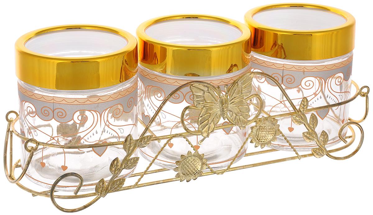 Набор банок для сыпучих продуктов Mayer & Boch, с подставкой, 4 предмета. 38083808Набор Mayer & Boch состоит из трех банок и металлической подставки. Предметы набора изготовлены из прочного стекла и декорированы оригинальными узорами. Банки снабжены пластиковыми крышками, которые плотно закрываются, дольше сохраняя аромат и свежесть содержимого. Изделия подходят для хранения сыпучих продуктов: круп, чая, специй, орехов, сахара, сухофруктов, соли и многого другого. Функциональный и вместительный, такой набор станет желанным подарком для любой хозяйки. Диаметр банки (по верхнему краю): 10 см. Высота банки (без учета крышки): 12 см. Размер подставки: 37,5 х 13 х 11 см.