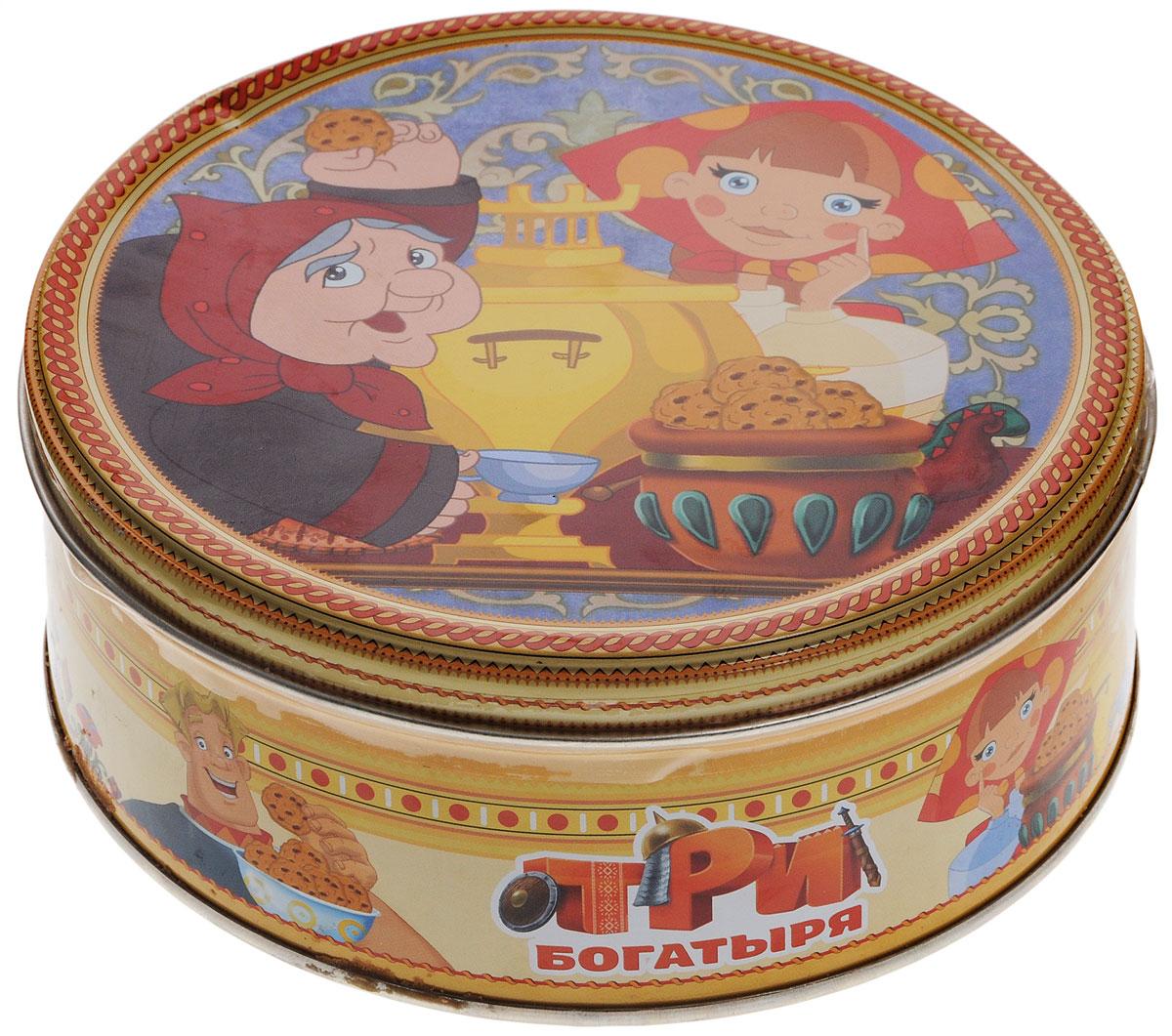 Три богатыря печенье сдобное с кусочками шоколада, 150 г4600416016891_бабкаТри богатыря - 100% сдобное печенье с кусочками шоколада. Печенье упаковано в металлическую банку с изображением героев мультфильма Три богатыря. Такое печенье станет оригинальным подарком.