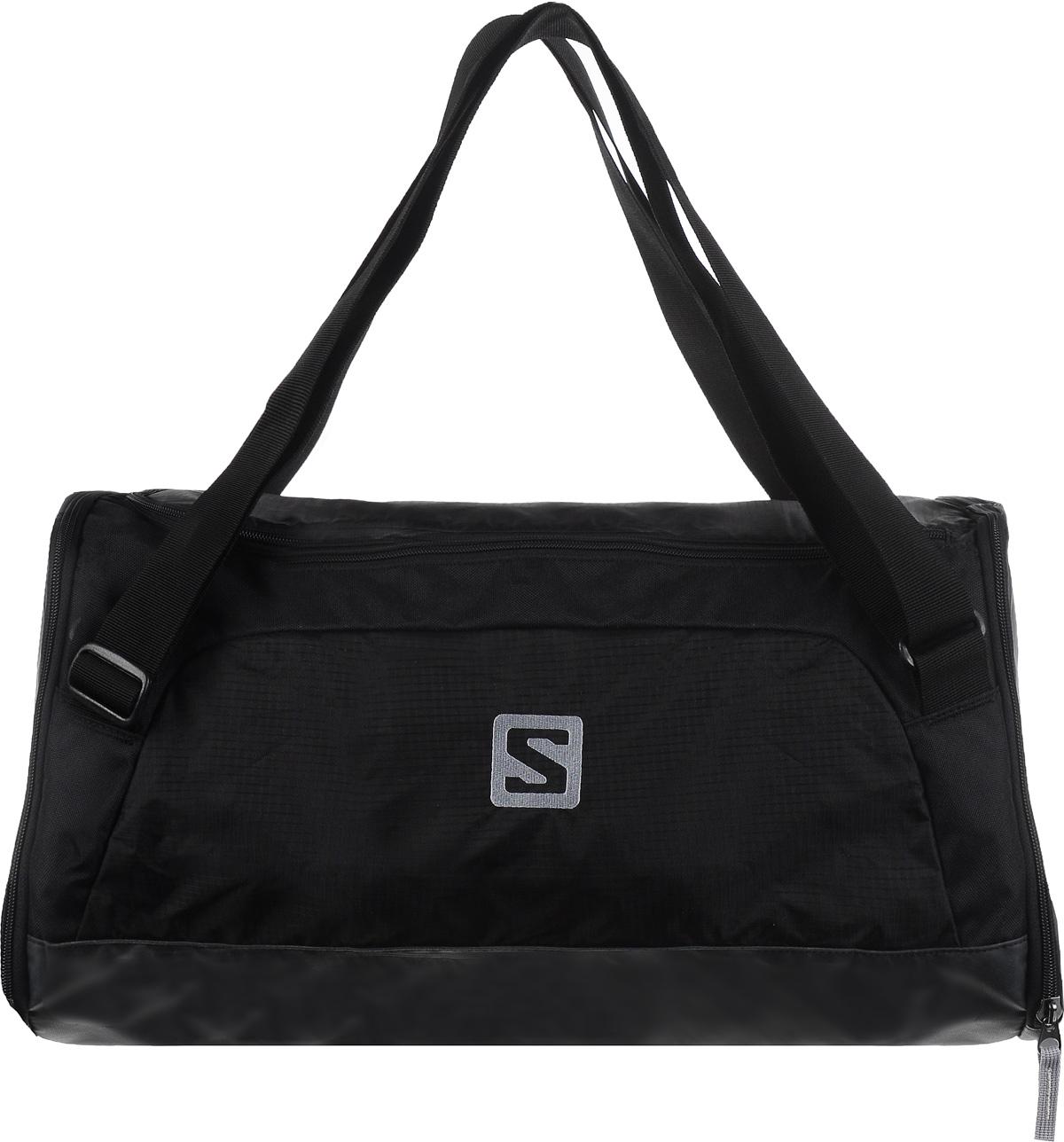 Сумка спортивная Salomon Sports, цвет: черный, 40 лL32864600Практичная спортивная сумка Salomon Sports выполнена из износостойкого нейлона. Изделие содержит одно основное отделение, закрывающееся клапаном на молнию с двумя бегунками. Внутри сумки расположен врезной карман на застежке-молнии. По бокам сумки расположено два вместительных прорезных кармана, каждый из которых закрывается на застежку-молнию. В них можно носить влажные вещи благодаря непромокаемому материалу. Один из карманов имеет сетчатую вставку, обеспечивающую вентиляцию. Дно изделия дополнено вставкой из прочного пластика. Сумка оснащена двумя практичными ручками регулируемой длины, что позволит носить ее как в руках, так и на плече. Стильная спортивная сумка станет незаменимым аксессуаром, который вместит в себя все необходимое.