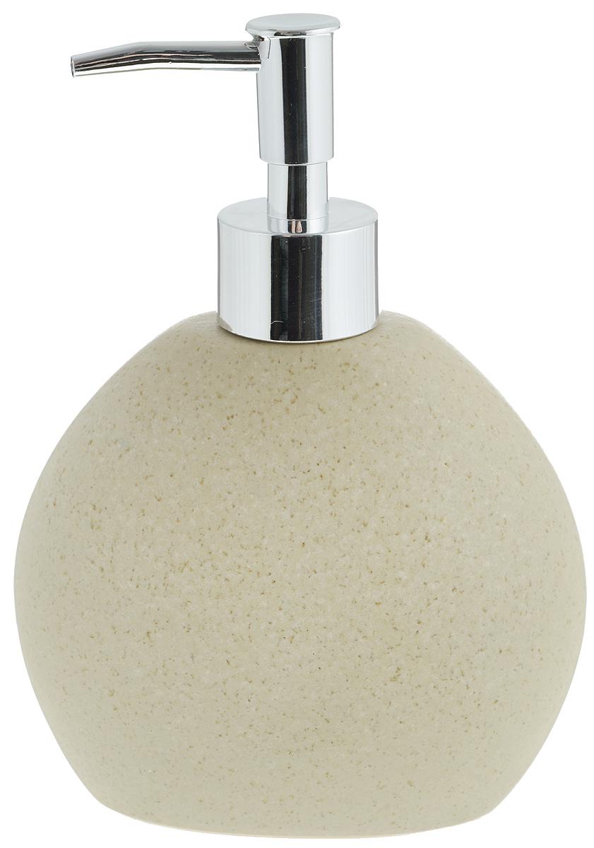 Диспенсер для жидкого мыла Aqua Line Дюна1305218Диспенсер для жидкого мыла Aqua Line Дюна изготовлен из высококачественного фарфора. Носик выполнен из прочного ABS-пластика с хромированным покрытием. Диспенсер очень удобен в использовании: просто надавите сверху, и из диспенсера выльется необходимое количество мыла. Диспенсер для жидкого мыла Aqua Line Дюна стильно украсит интерьер, а также добавит в обычную обстановку модный акцент.