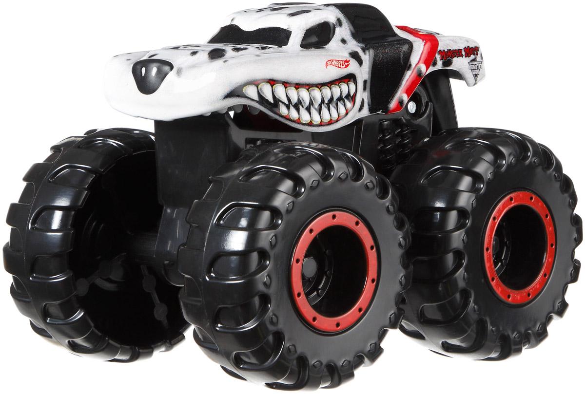 Hot Wheels Monster Jam Машинка Monster Mutt DalmatianCFY42_CFY45Машинка Hot Wheels: Monster Jam Monster Mutt Dalmatian - одна из ярких и впечатляющих моделей внедорожников Hot Wheels. Маленький автогонщик обязательно оценит несколько устрашающий и агрессивный внешний вид внедорожника, огромные колеса, которые способны легко преодолеть самые сложные препятствия. Машинка прекрасно ездит по любым поверхностям, что делает игру еще более интересной. Модель изготовлена из качественных и безопасных материалов. Ребенок сможет играть с ней не только дома, но и на улице.