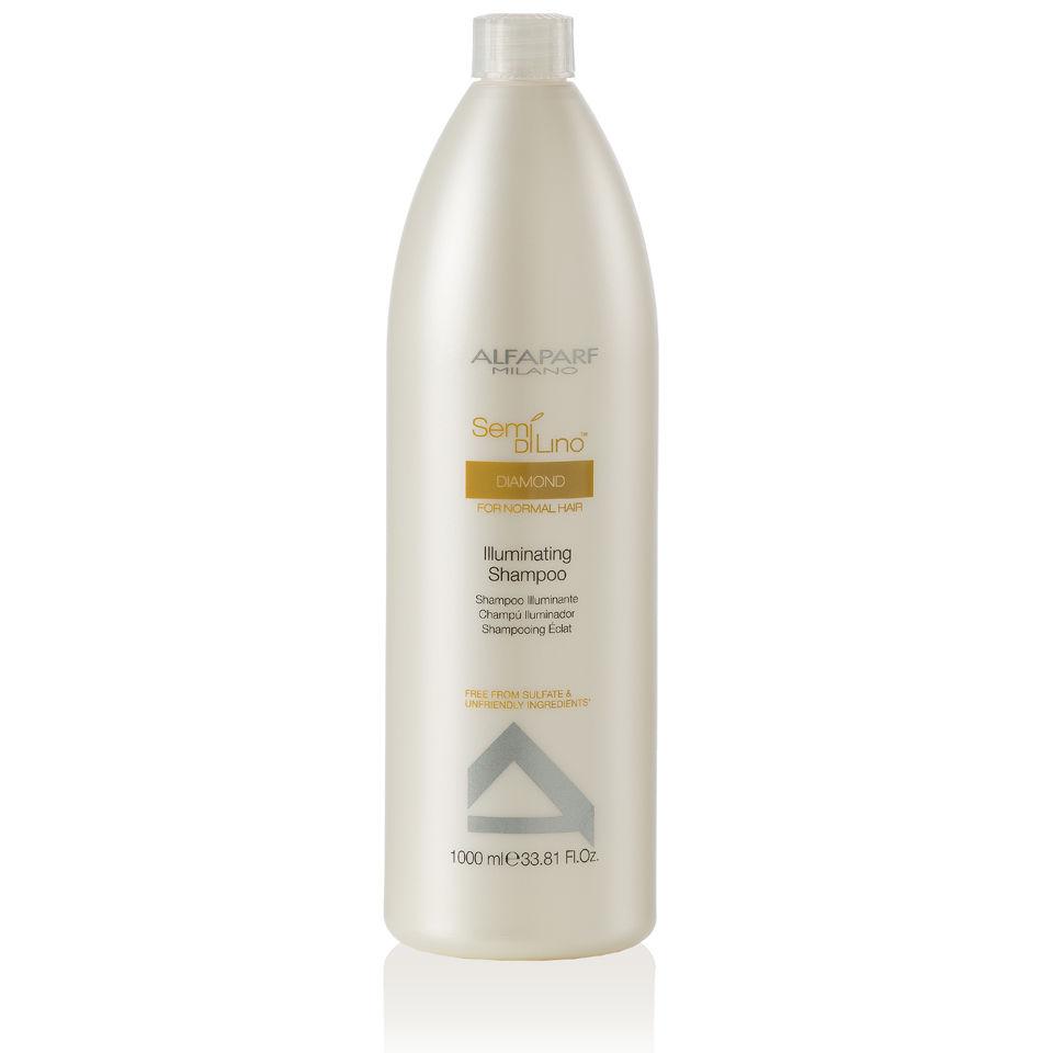 Alfaparf Шампунь для нормальных волос, придающий блеск Semi Di Lino Diamond Illuminating Shampoo 1000 мл9993Alfaparf Semi Di Lino Diamond Illuminating Shampoo Шампуньдлянормальныхволос , придающийблеск придаёт волосам великолепный блеск, очищает их и защищает от любых вредных воздействий окружающей среды. В составе шампуня Альфапарф SDL Diamond Illuminating находится экстракт льна, который оказывает на волосы восстанавливающее действие и благоприятно действует на кожу, комплекс Color Fix, разработанный для эффективного сохранения интенсивности цвета волос, а также микрокристаллы алмаза, с помощью которого волосы приобретают прекрасное сияние и становятся шелковистыми. Шампунь Alfaparf не только очищает волосы, но и делает их мягкими и эластичными, облегчая расчёсывание. Шампунь Alfaparf SDL Illuminating для нормальных волос наделяет волосы блеском и здоровьем и не содержит в составе сульфатов и парабенов. Подходит для типов волос: нормальных и окрашенных.
